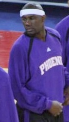 Jumaine Jones in 2006 with Suns.jpg