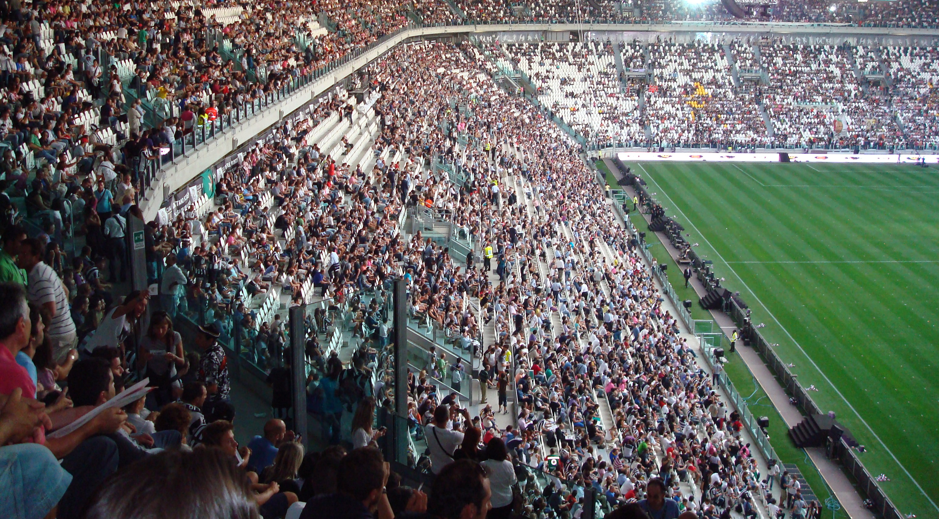 Berkas Juventus Stadium Tribuna Est Jpg Wikipedia Bahasa Indonesia Ensiklopedia Bebas