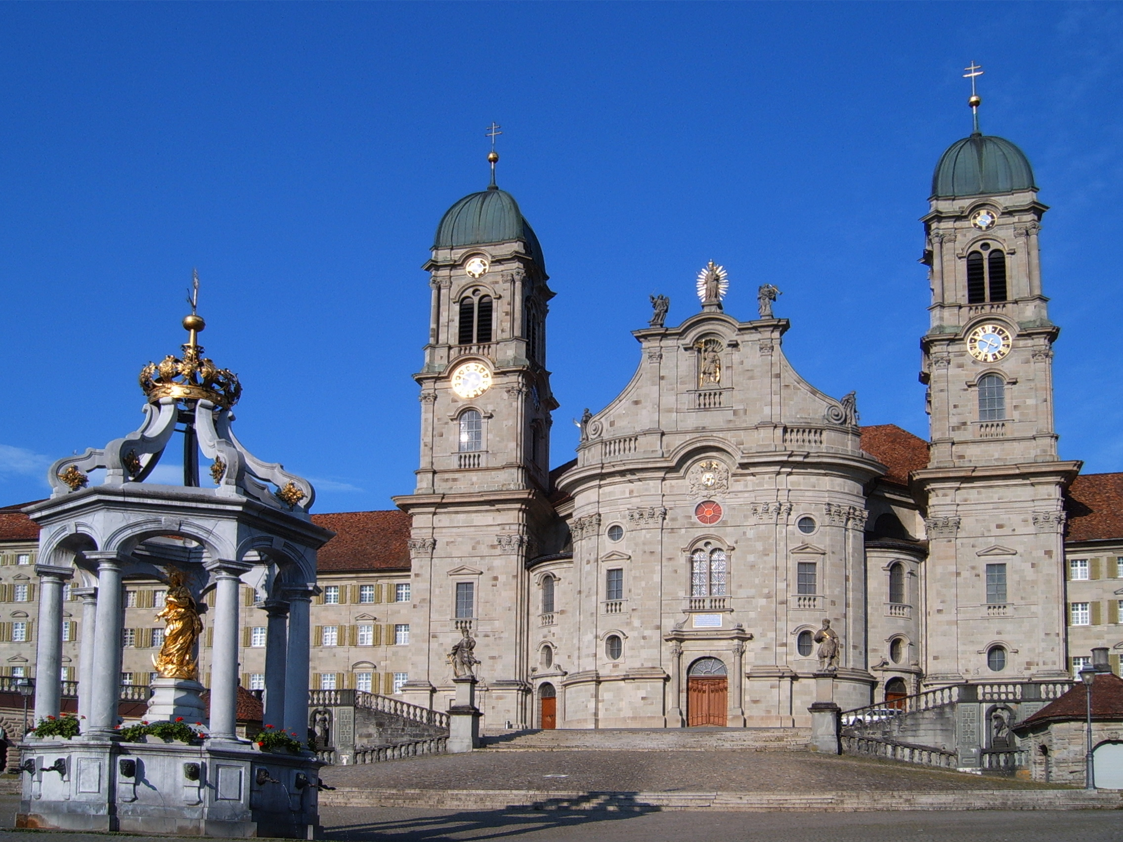 http://upload.wikimedia.org/wikipedia/commons/5/58/Kloster_Einsiedeln_001.jpg