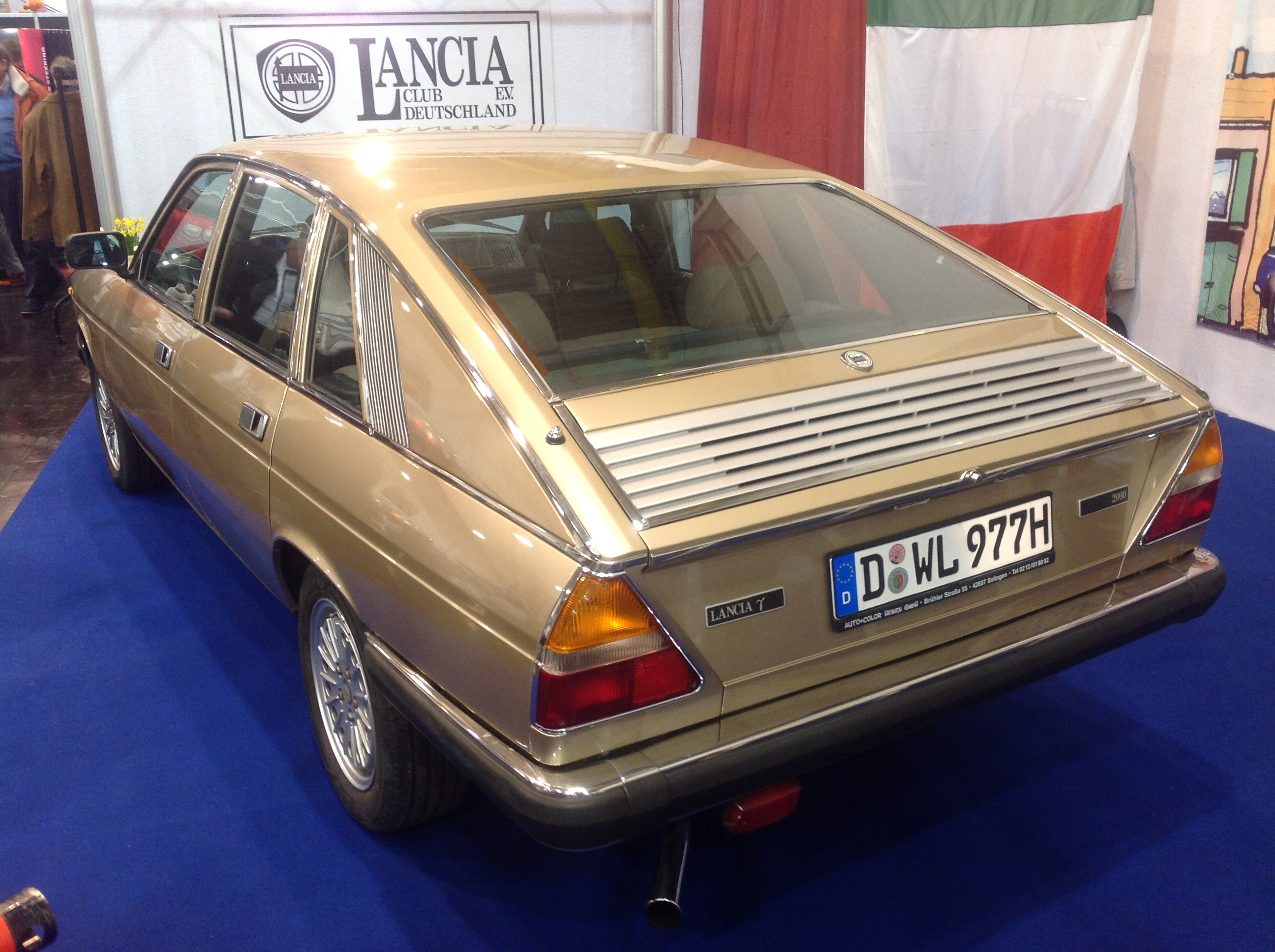 https://upload.wikimedia.org/wikipedia/commons/5/58/Lancia_Gamma_Berlina_%2825765820074%29.jpg