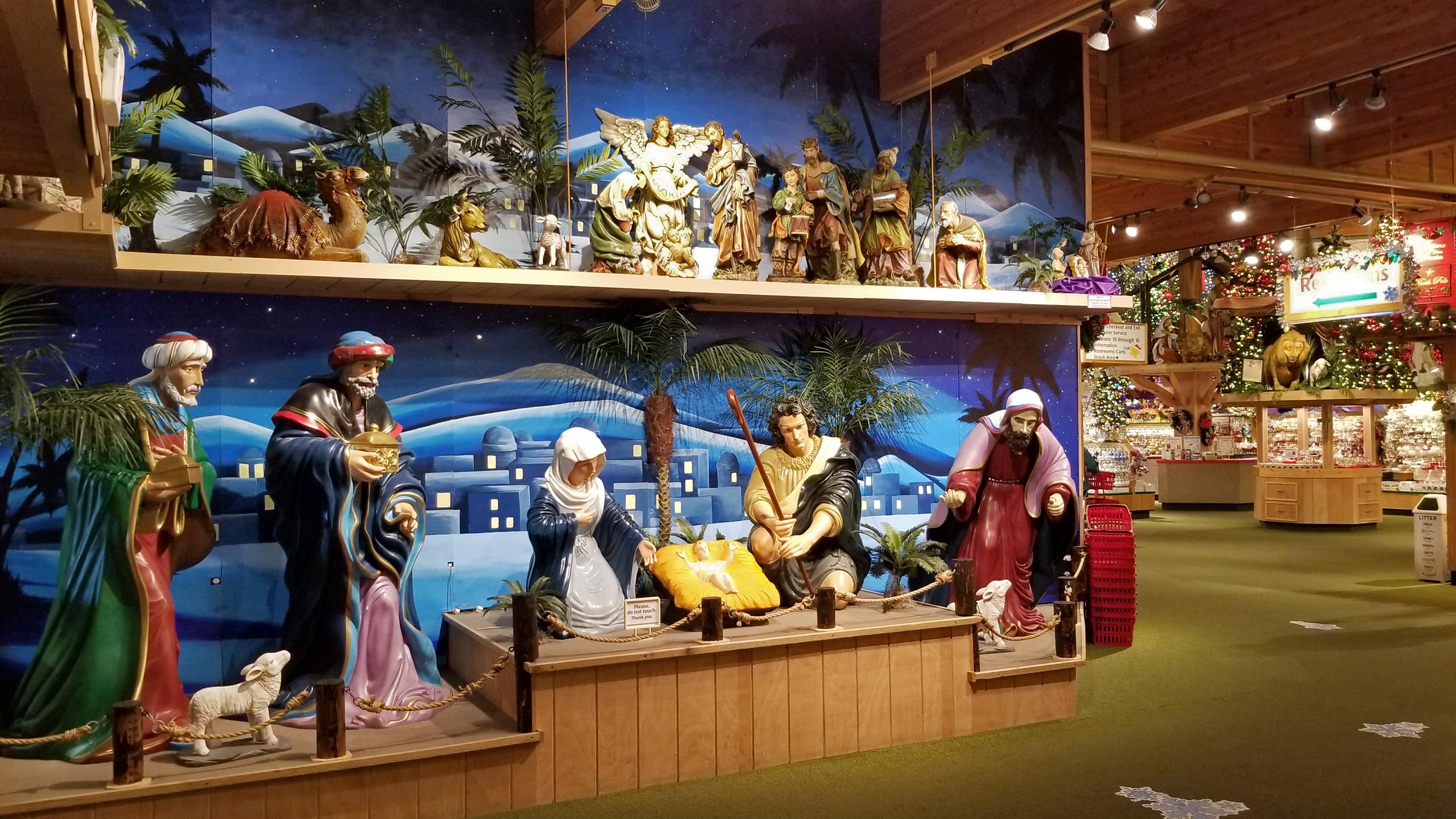 Bronners Christmas.File Nativity Scene And Displays At Bronner S Christmas