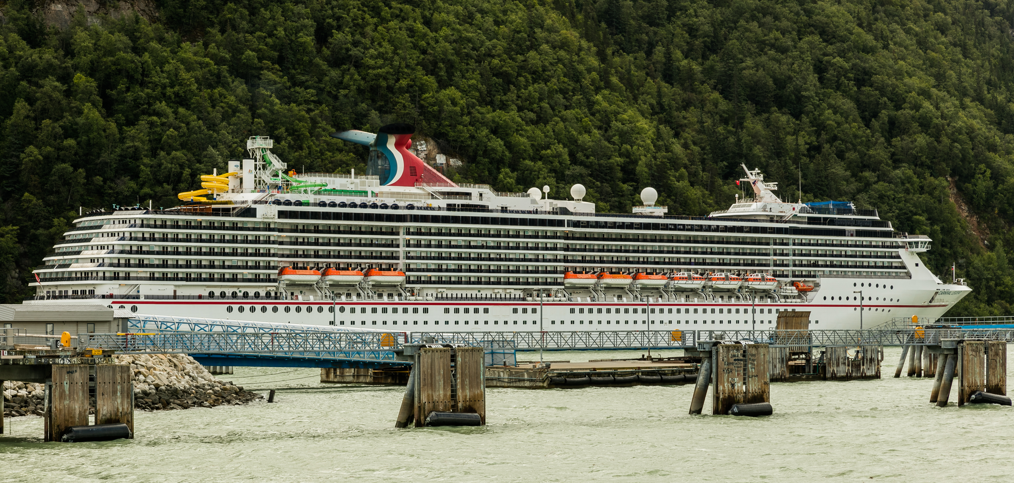 Carnival Legend - Wikipedia