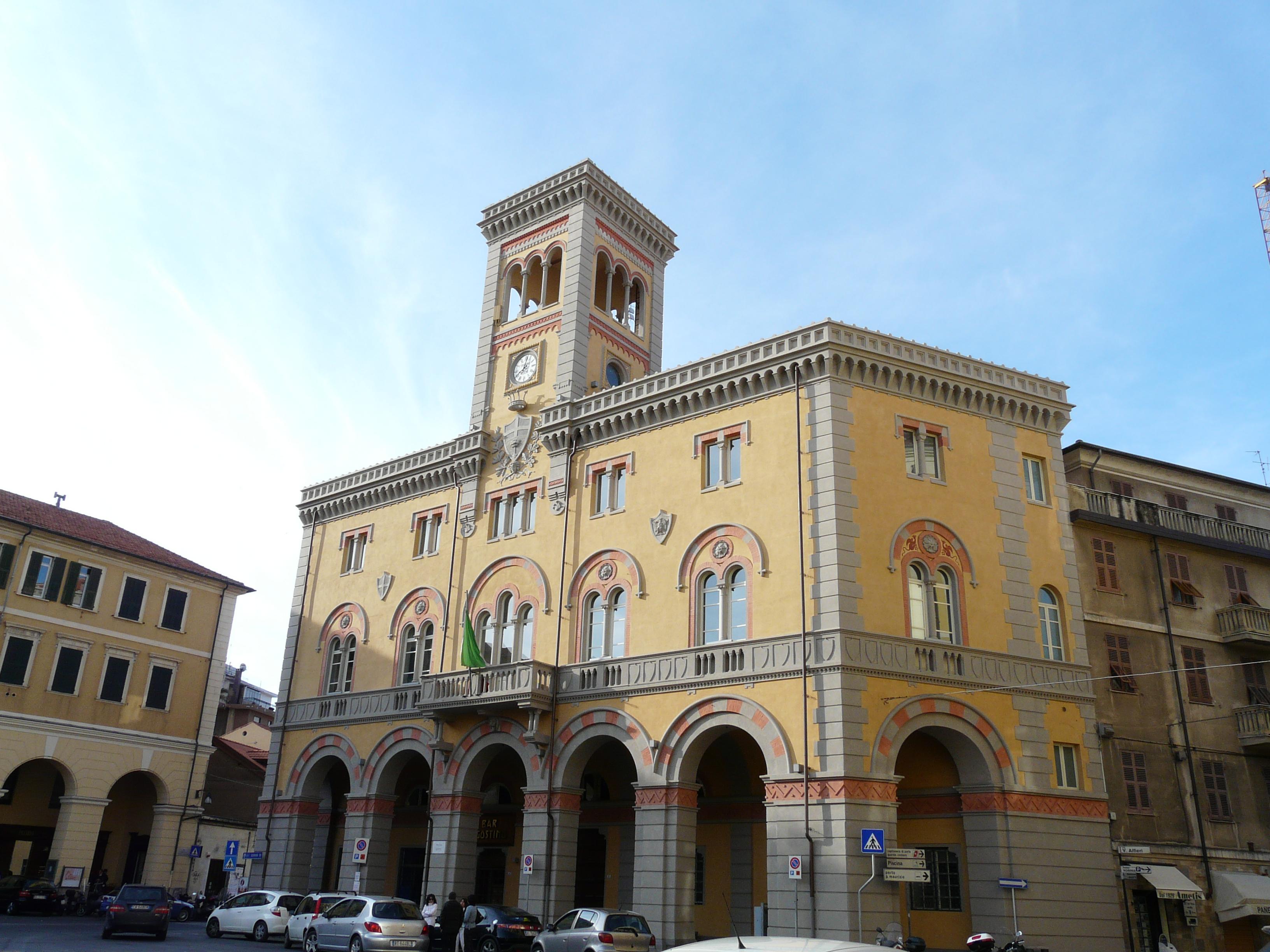 File oneglia ex palazzo wikimedia commons for Oneglia imperia