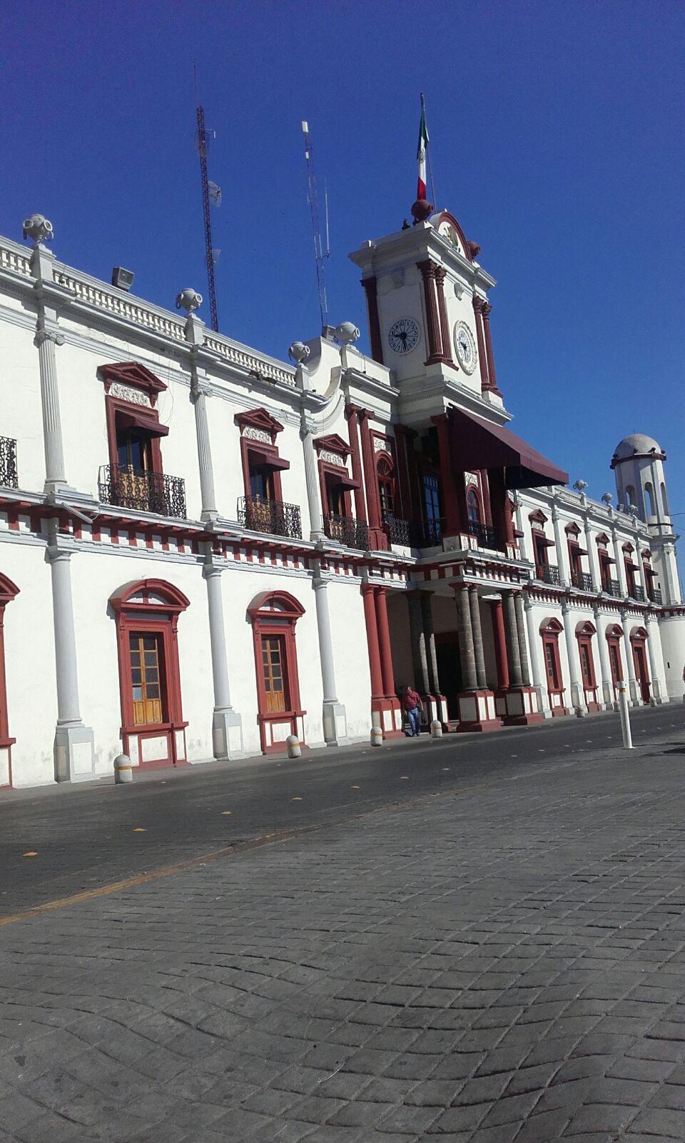 File:Palacio de Gobierno en Tepic, Nayarit.jpg - Wikimedia Commons