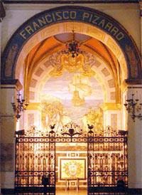 קברו של פיסארו בקתדרלה של לימה
