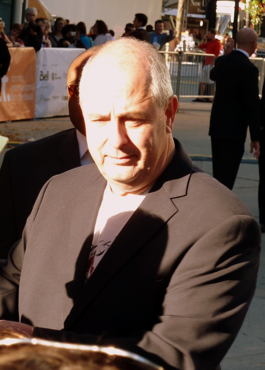Roger Michell - Wikipedia
