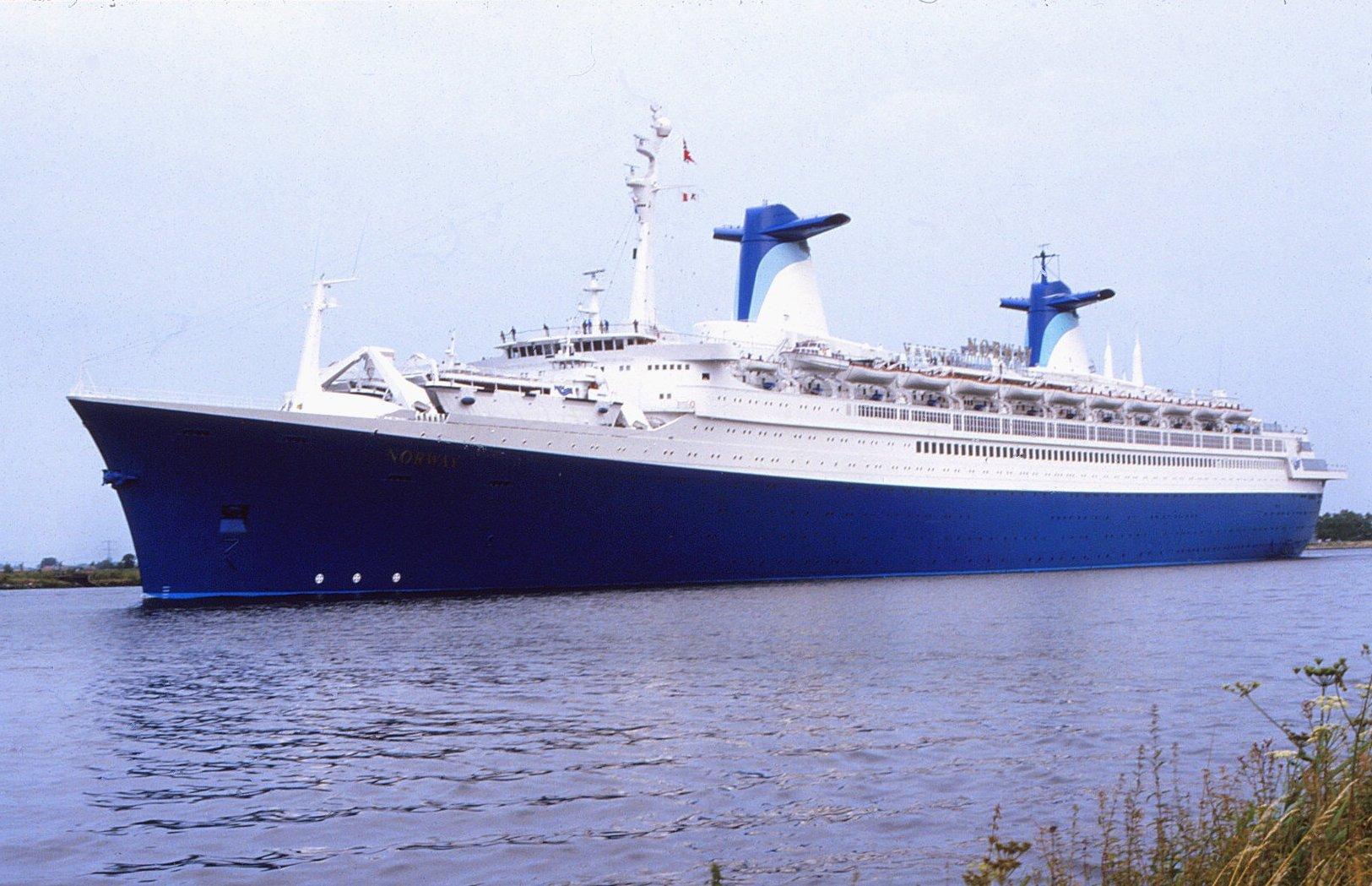 SS France (1961) - Wikipedia