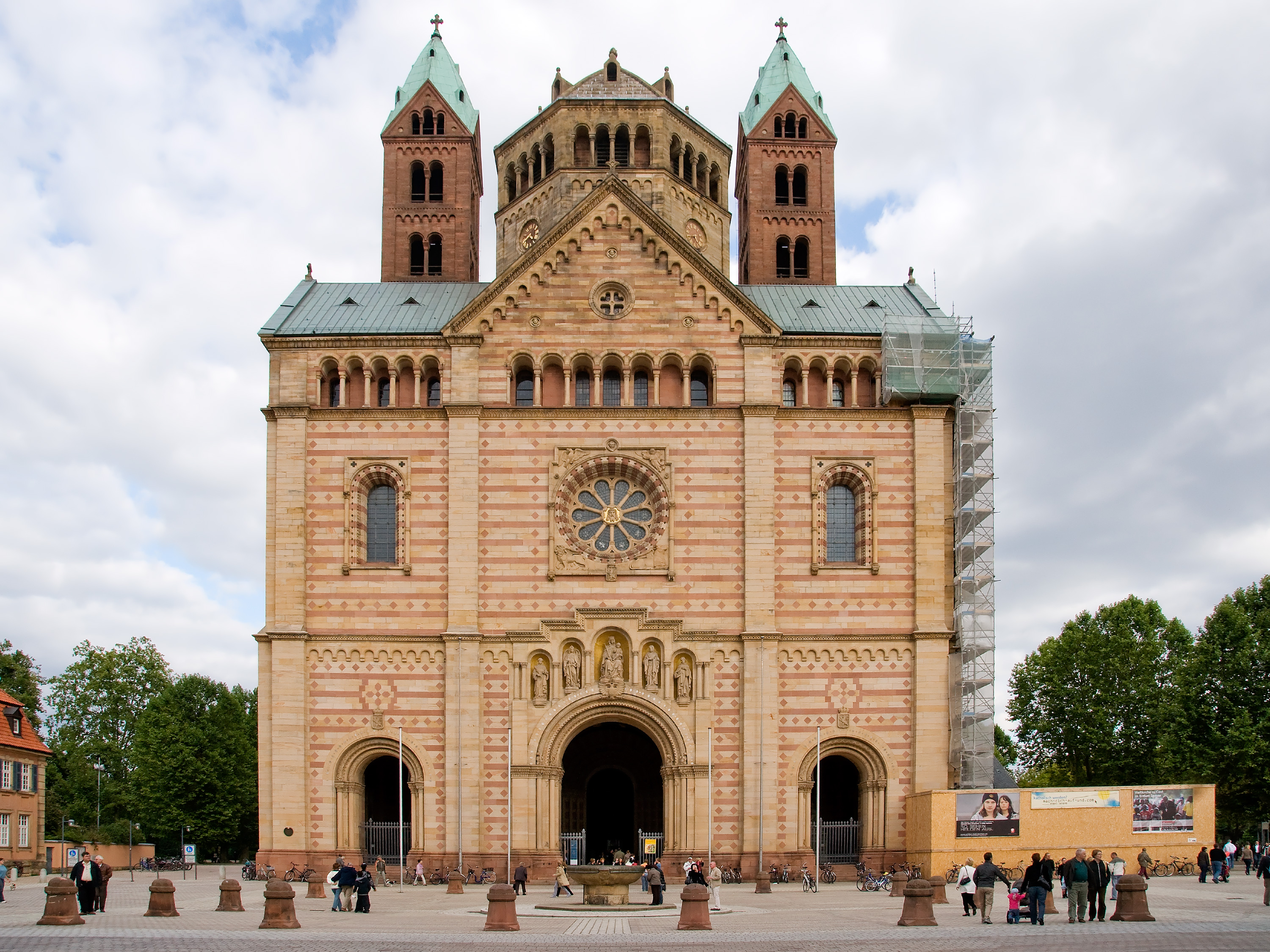File:Speyer---Cathedral---West-View---(Gentry).jpg ...