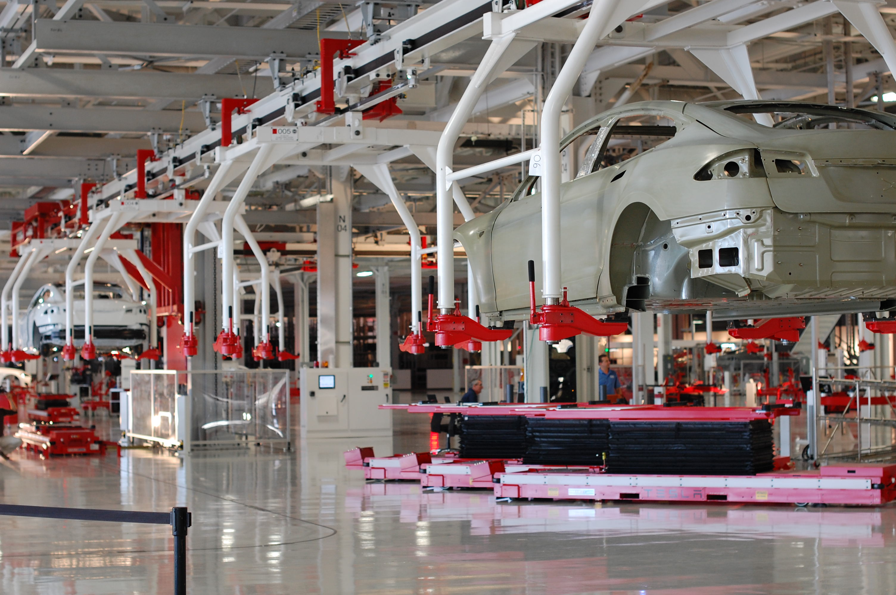 Tesla's Gigafactory is getting a $350 million upgrade to ...