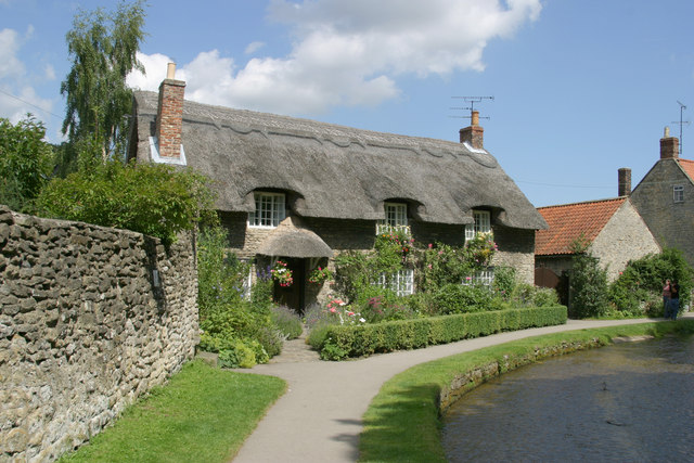 Thatched Cottage - Thornton-le-Dale - geograph.org.uk - 225412