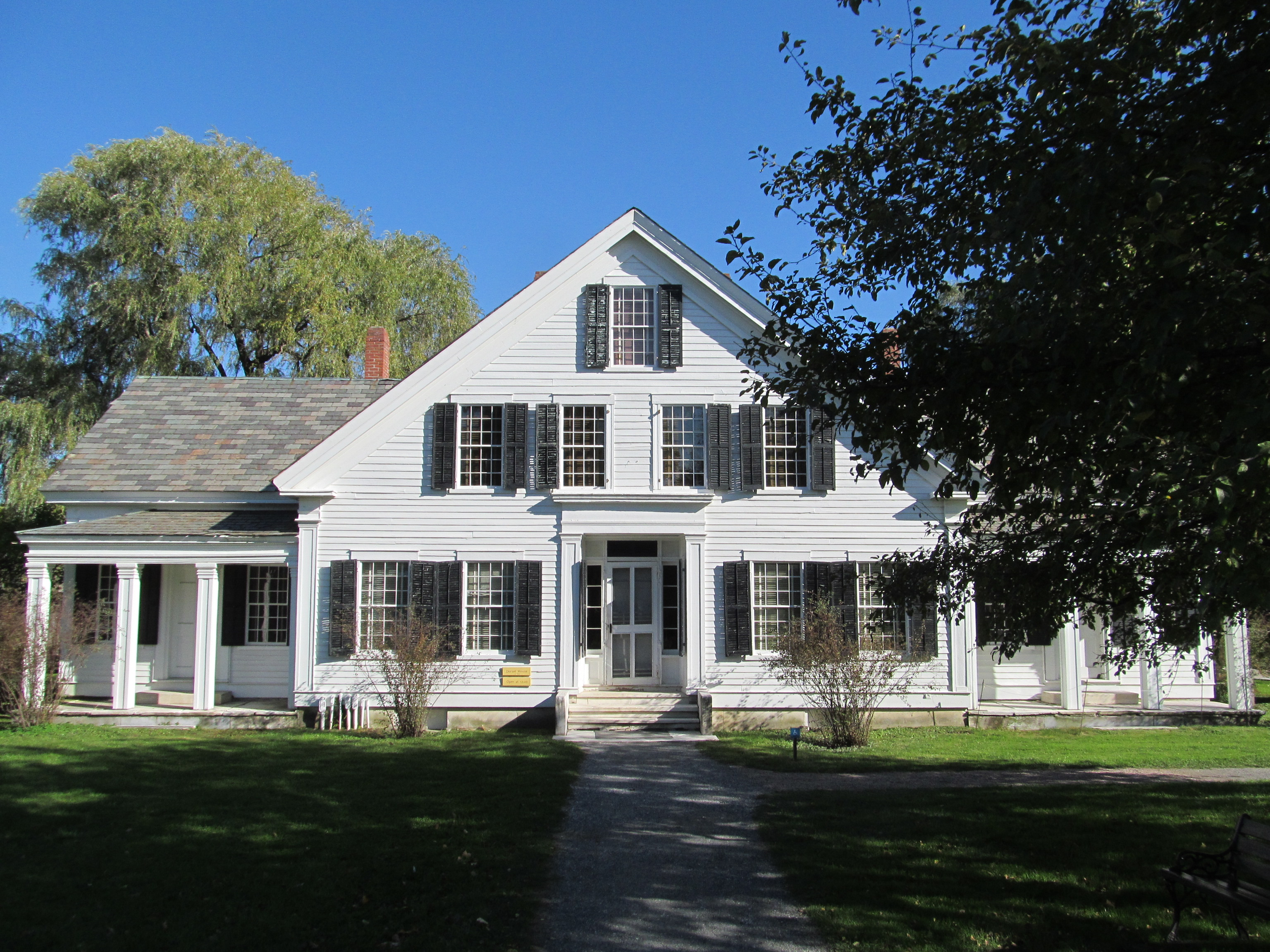 File:The Dorset House, Shelburne Museum, Shelburne VT.jpg