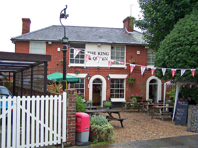 The King and Queen public house, Hamble - geograph.org.uk - 1437655
