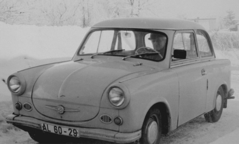 http://upload.wikimedia.org/wikipedia/commons/5/58/Trabant_P50.jpg