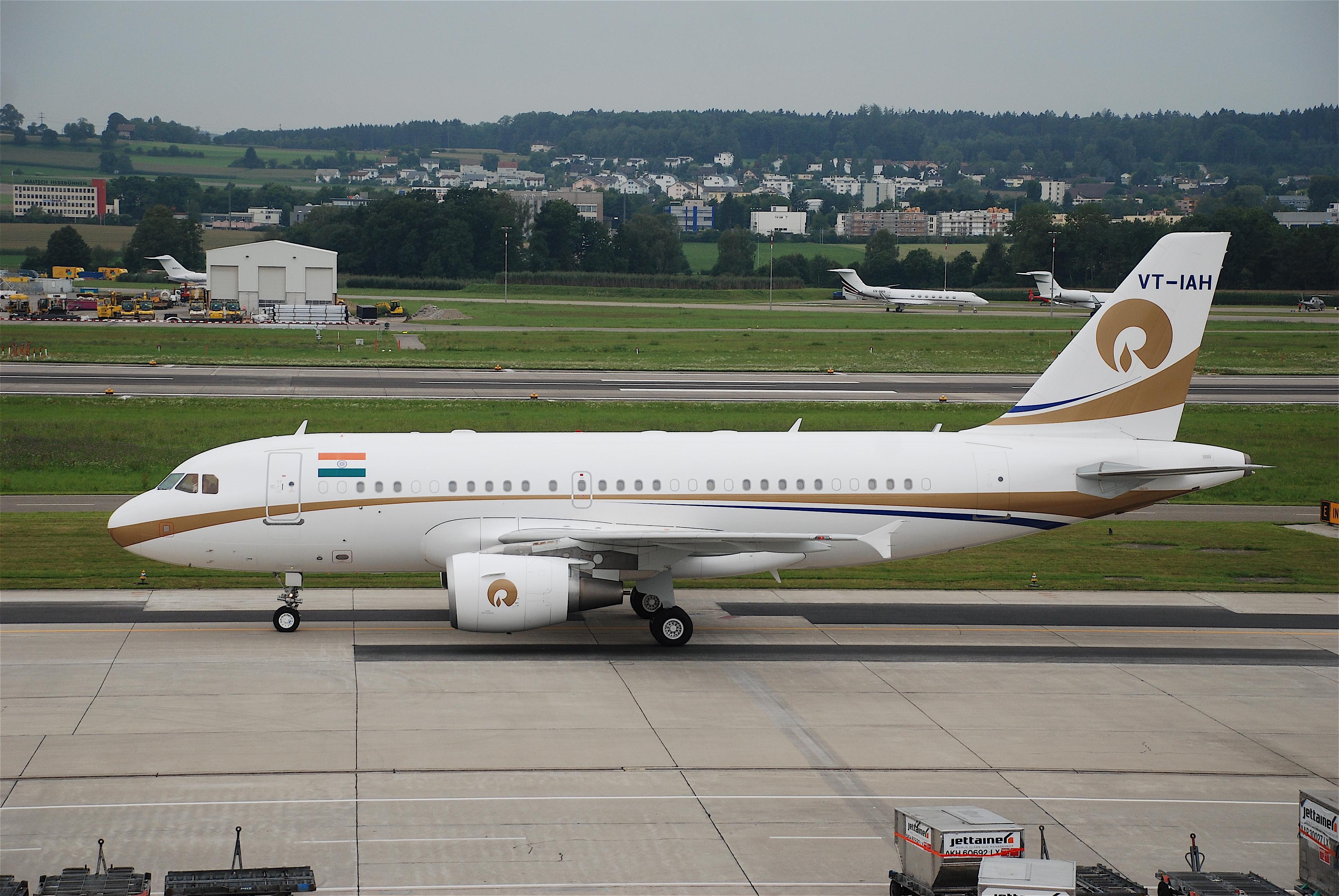 File:VT-IAH@ZRH,22.08.2008-527eu - Flickr - Aero Icarus ...