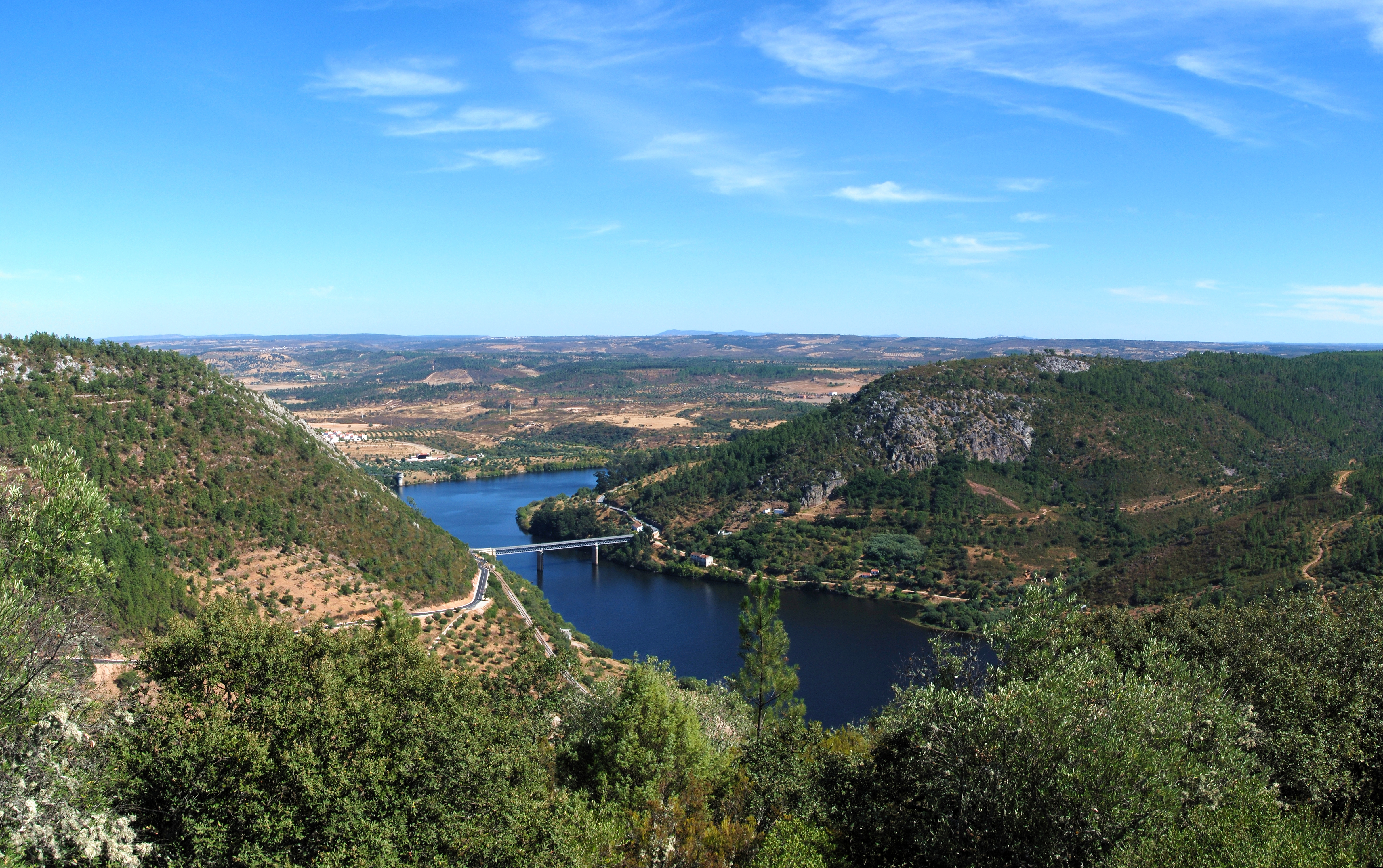 The Tagus River is the longest river on the Iberian Peninsula