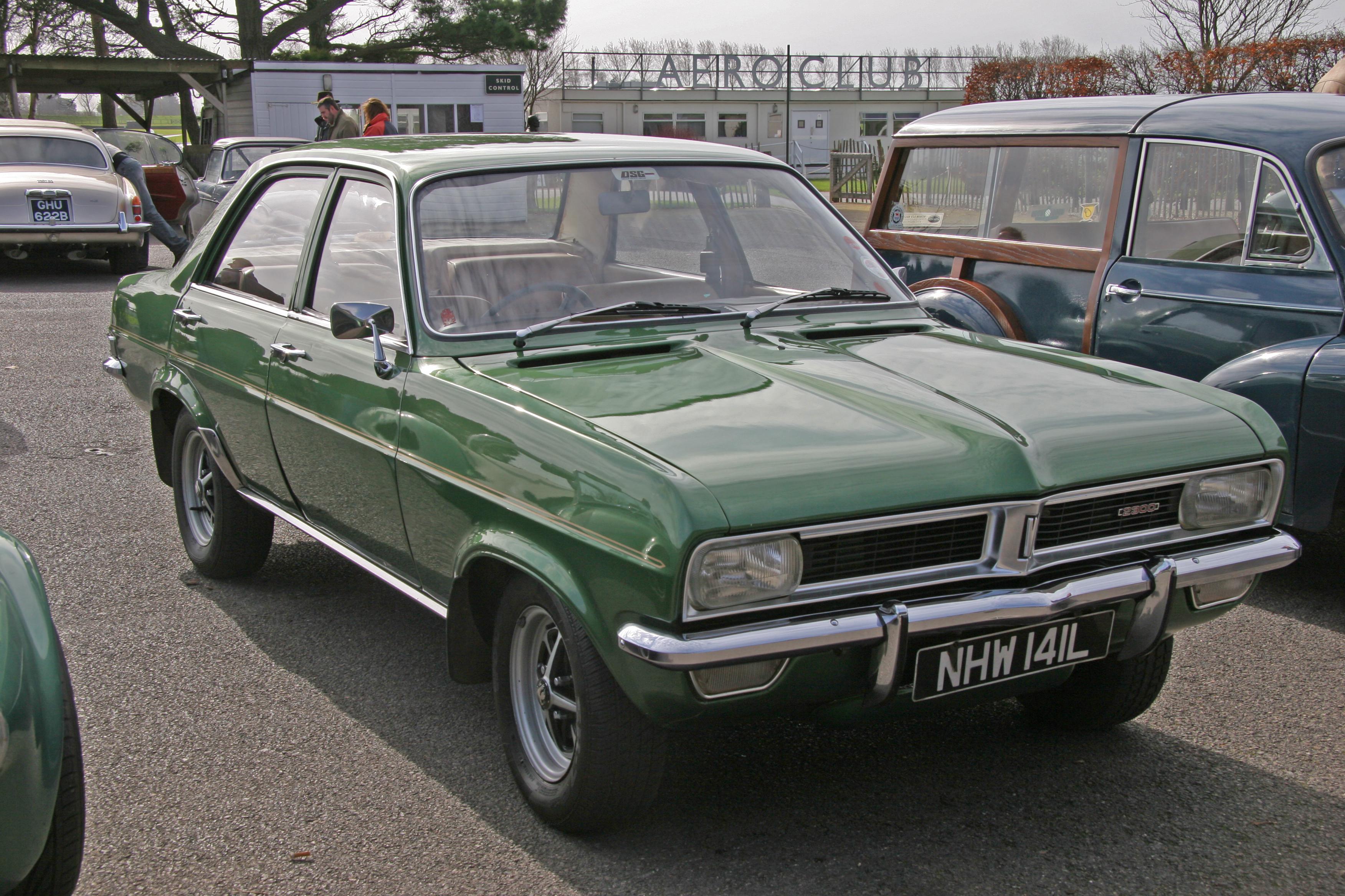 VauxhallViva2300SL.jpg