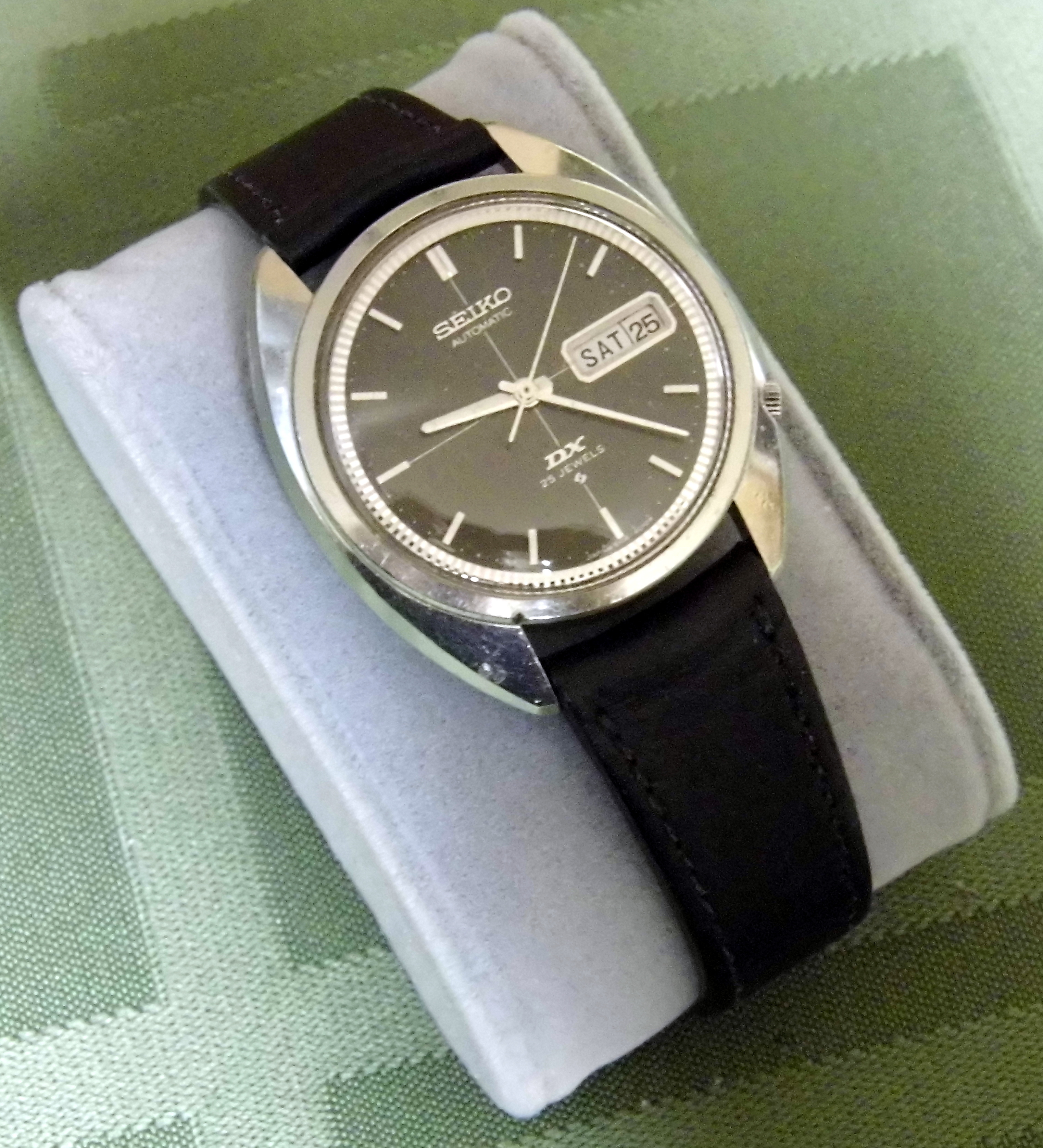 File vintage seiko dx automatic wrist watch 25 jewels made in japan 11272606543 jpg for Watches of japan