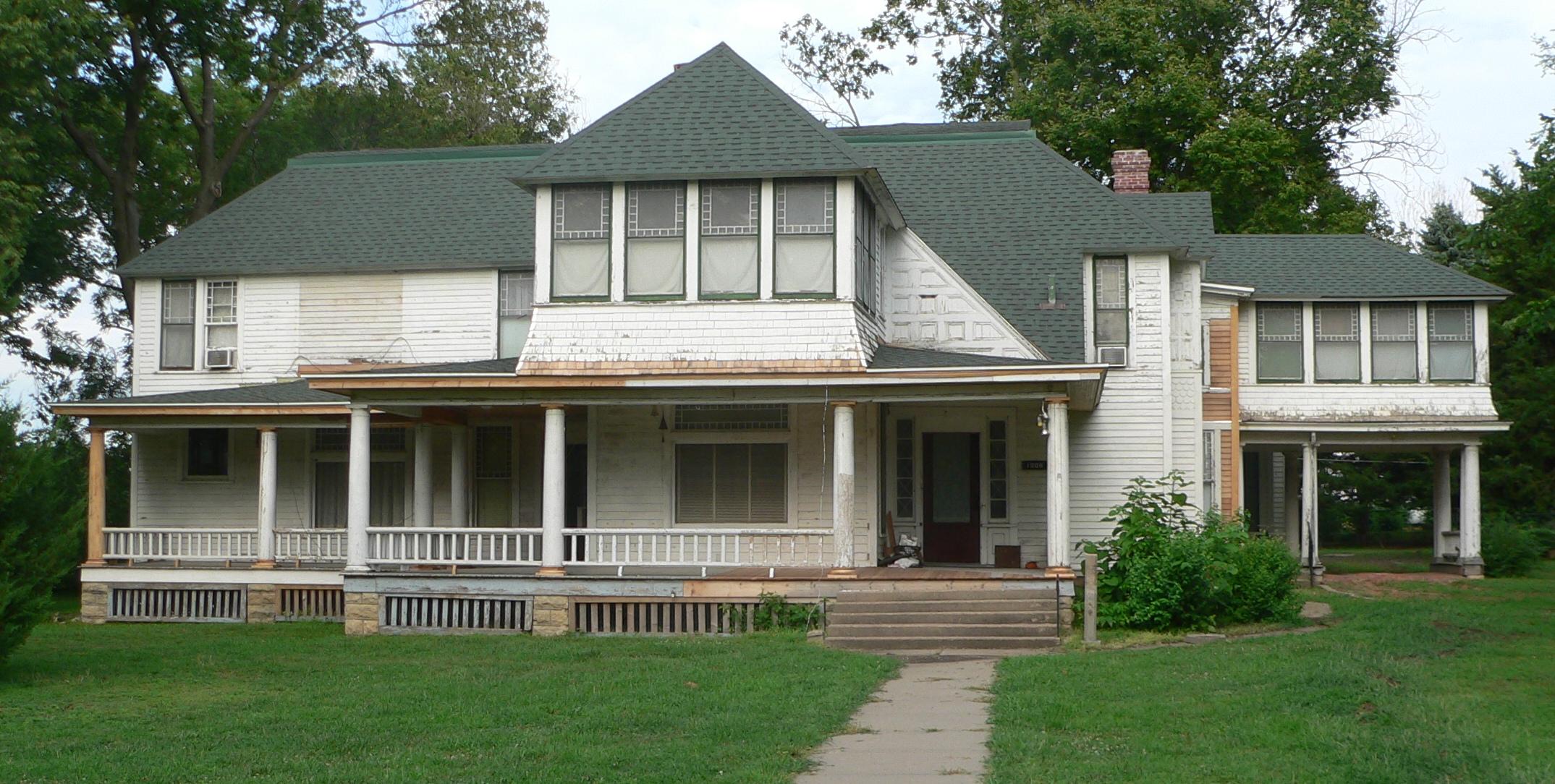 File:Weaver house (Falls City, Nebraska) from W 1.JPG - Wikimediaweaver city