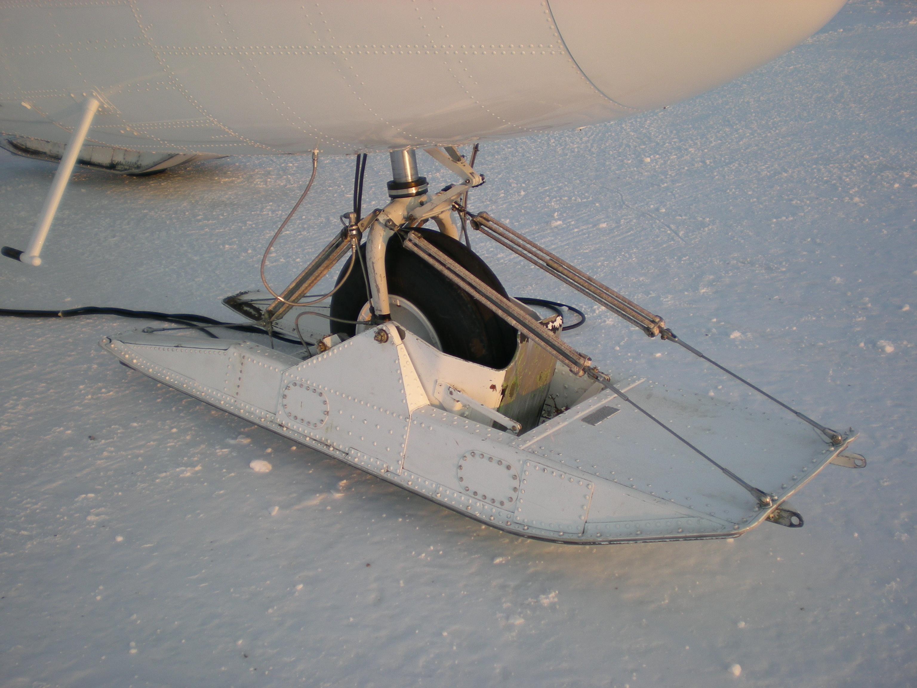 Wiki: Landing gear - upcScavenger