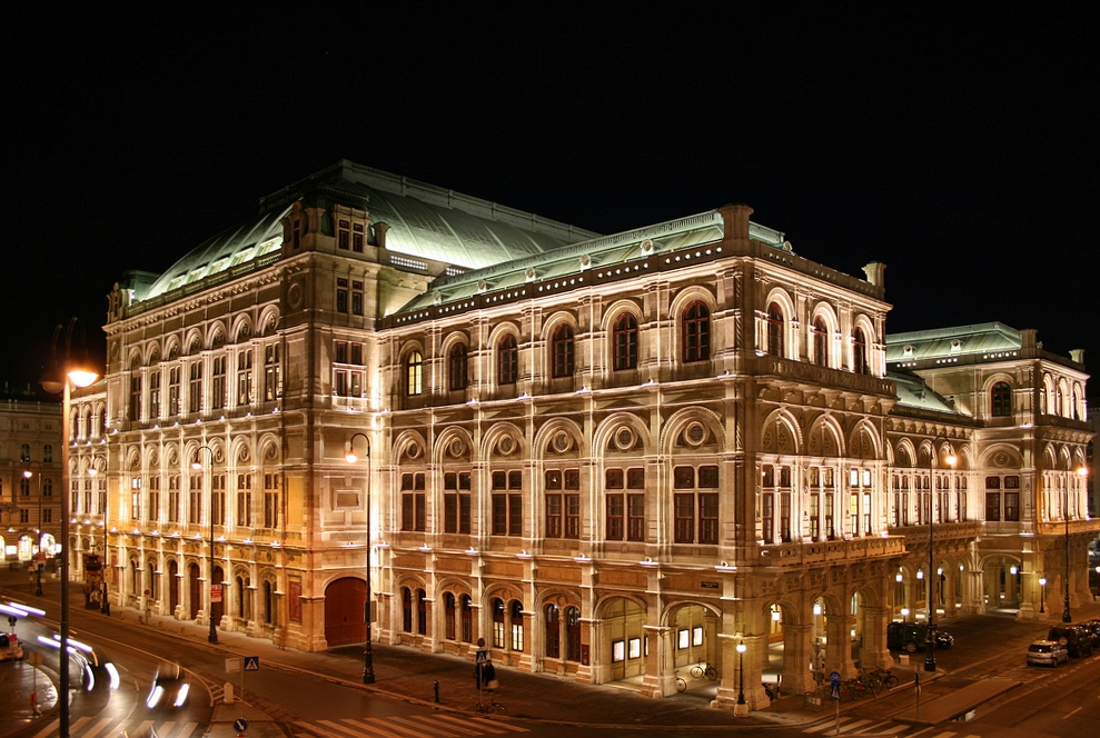 Most glamorous opera ball Vienna