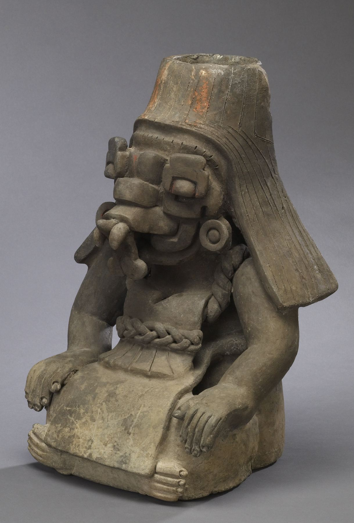 File zapotec figural urn walters three