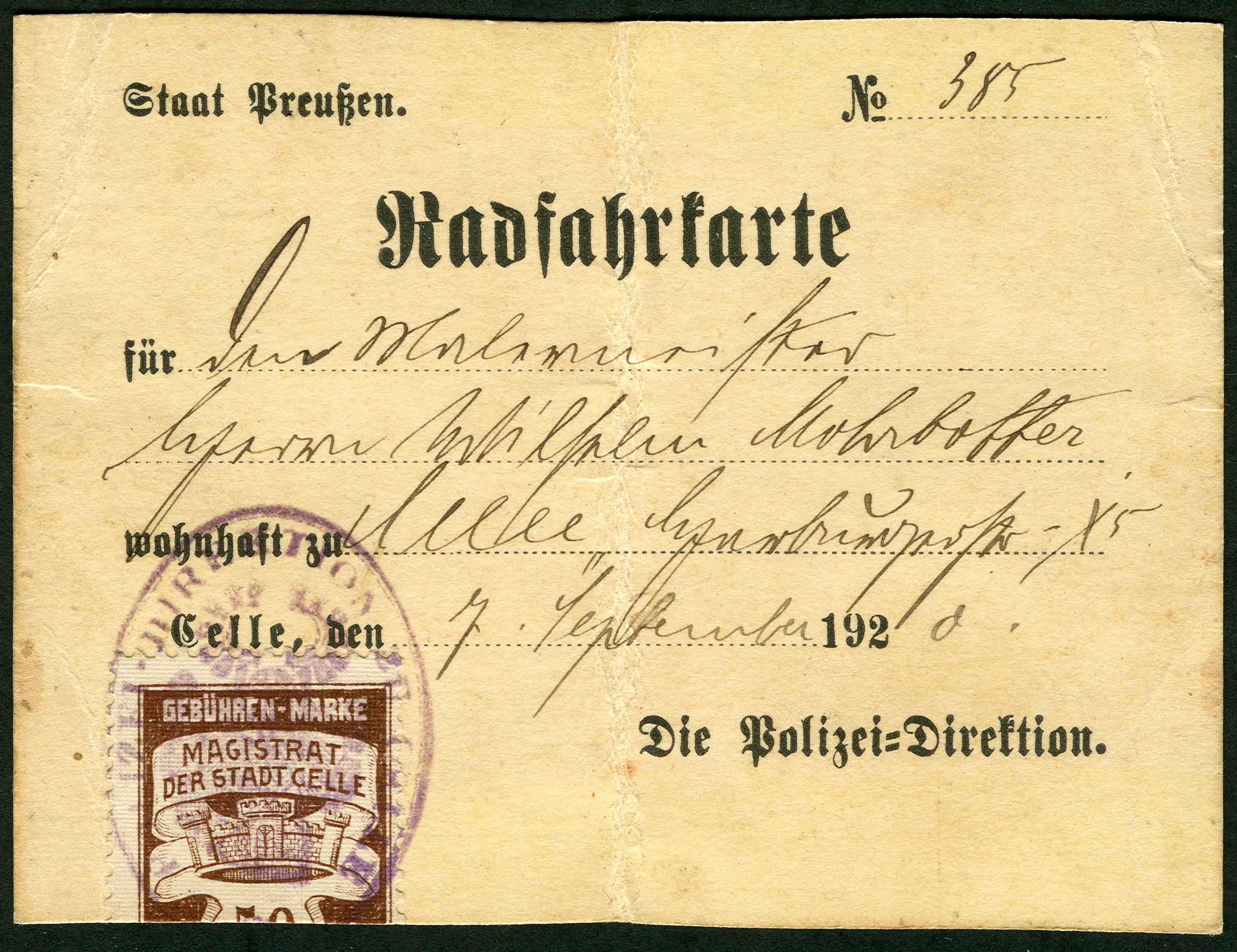 1920-09-07_Radfahrkarte_Staat_Preu%C3%9Fen_No._385_Polizei-Direktion_Geb%C3%BChren-Marke_Stadt_Celle_Magistrat_Malermeister_Wilhelm_Mohrbotter.jpg