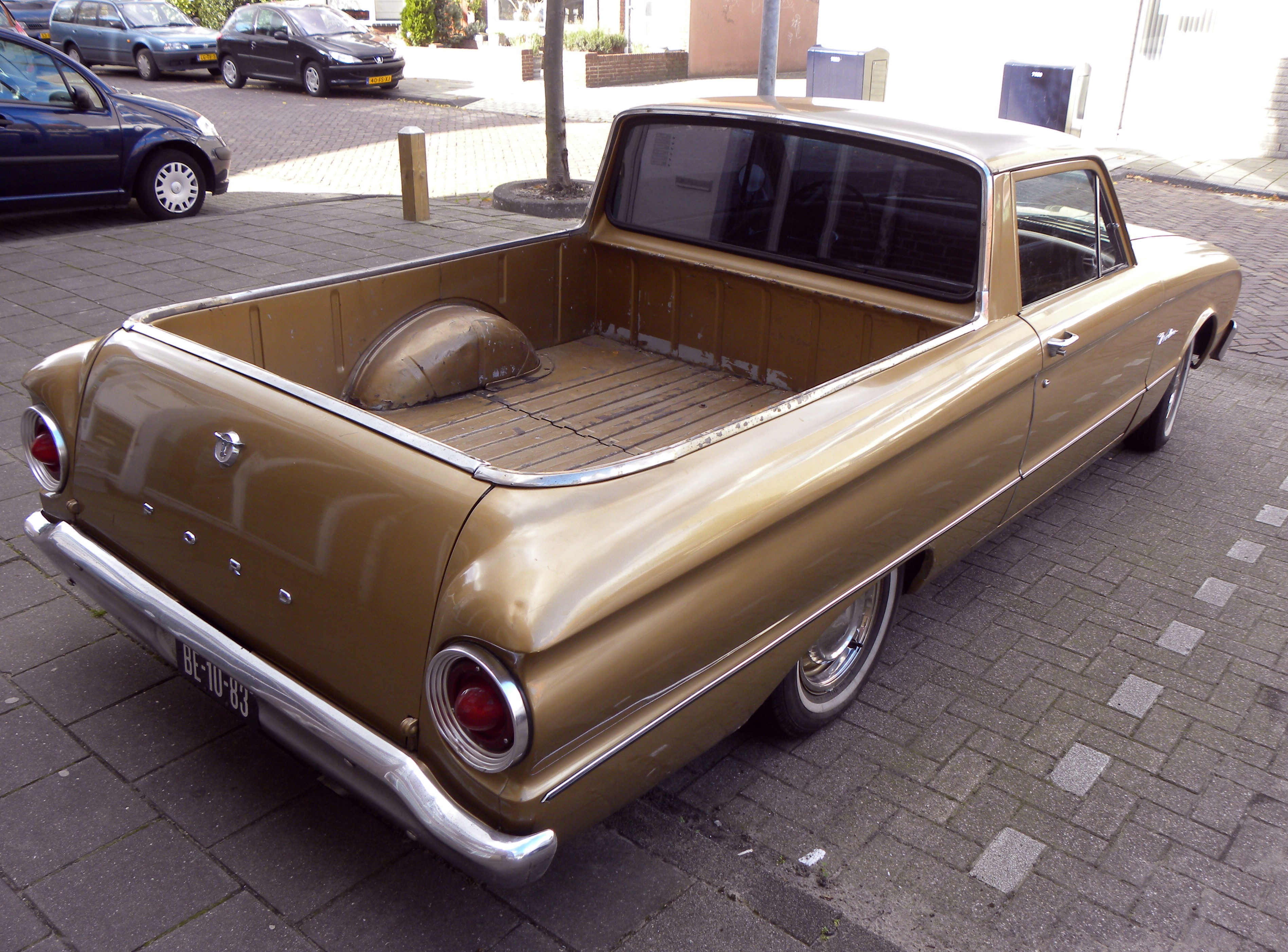 File:1963 Ford Ranchero (1).jpg - Wikimedia Commons