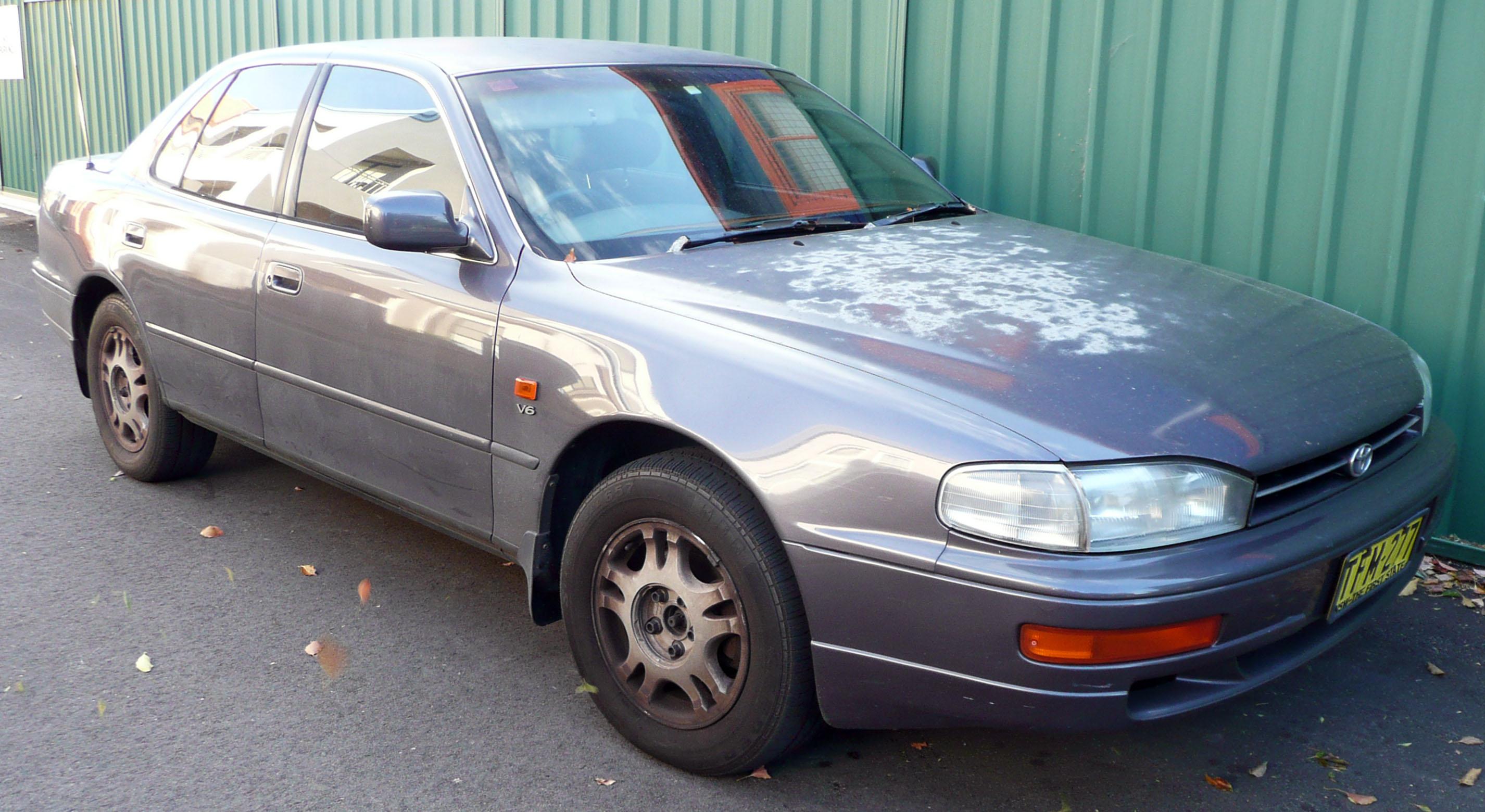Toyota Ultima >> File:1993-1995 Toyota Camry Vienta (VDV10) Ultima sedan 02 ...