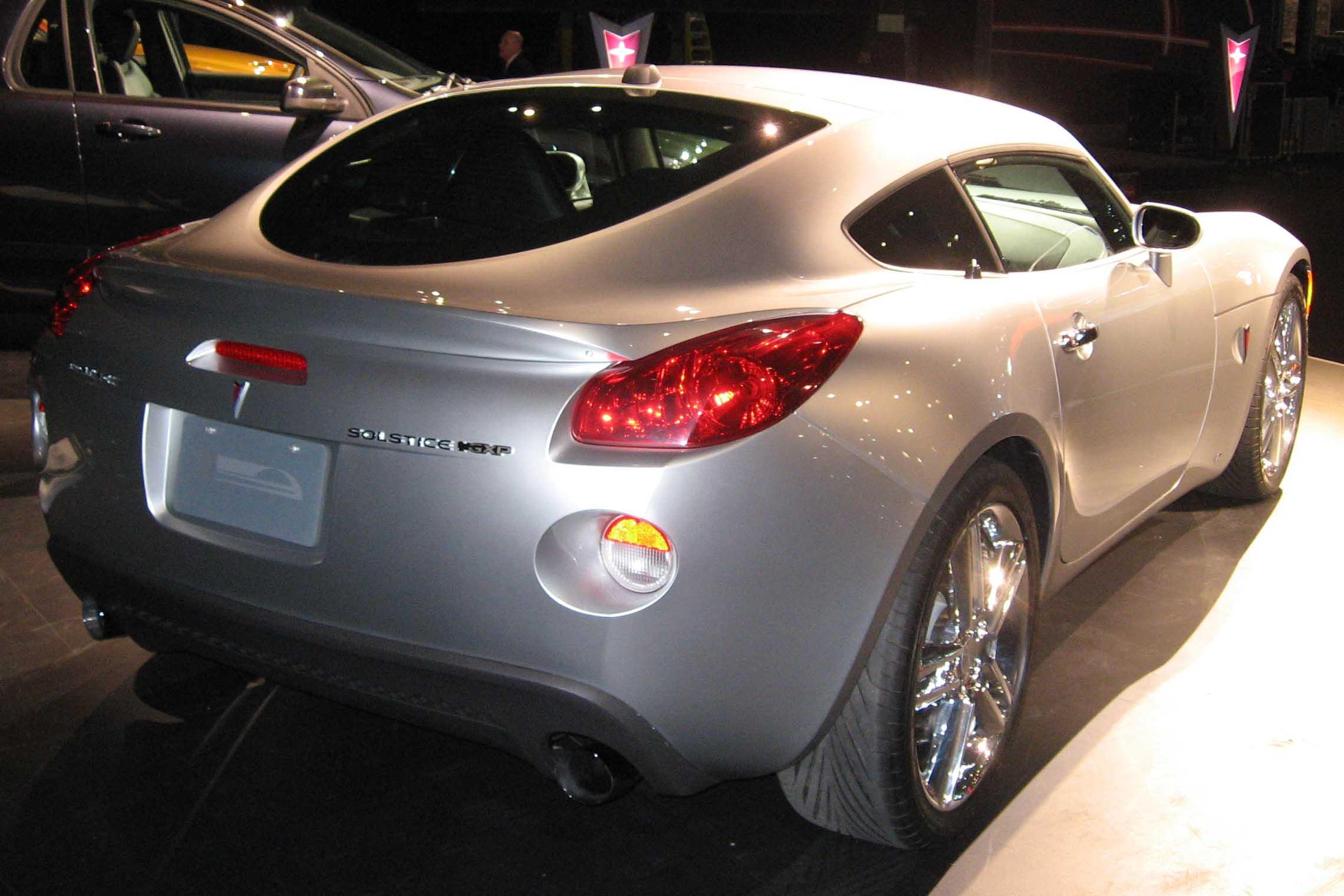 Solstice Coupe Gxp Vs G8 Gxp