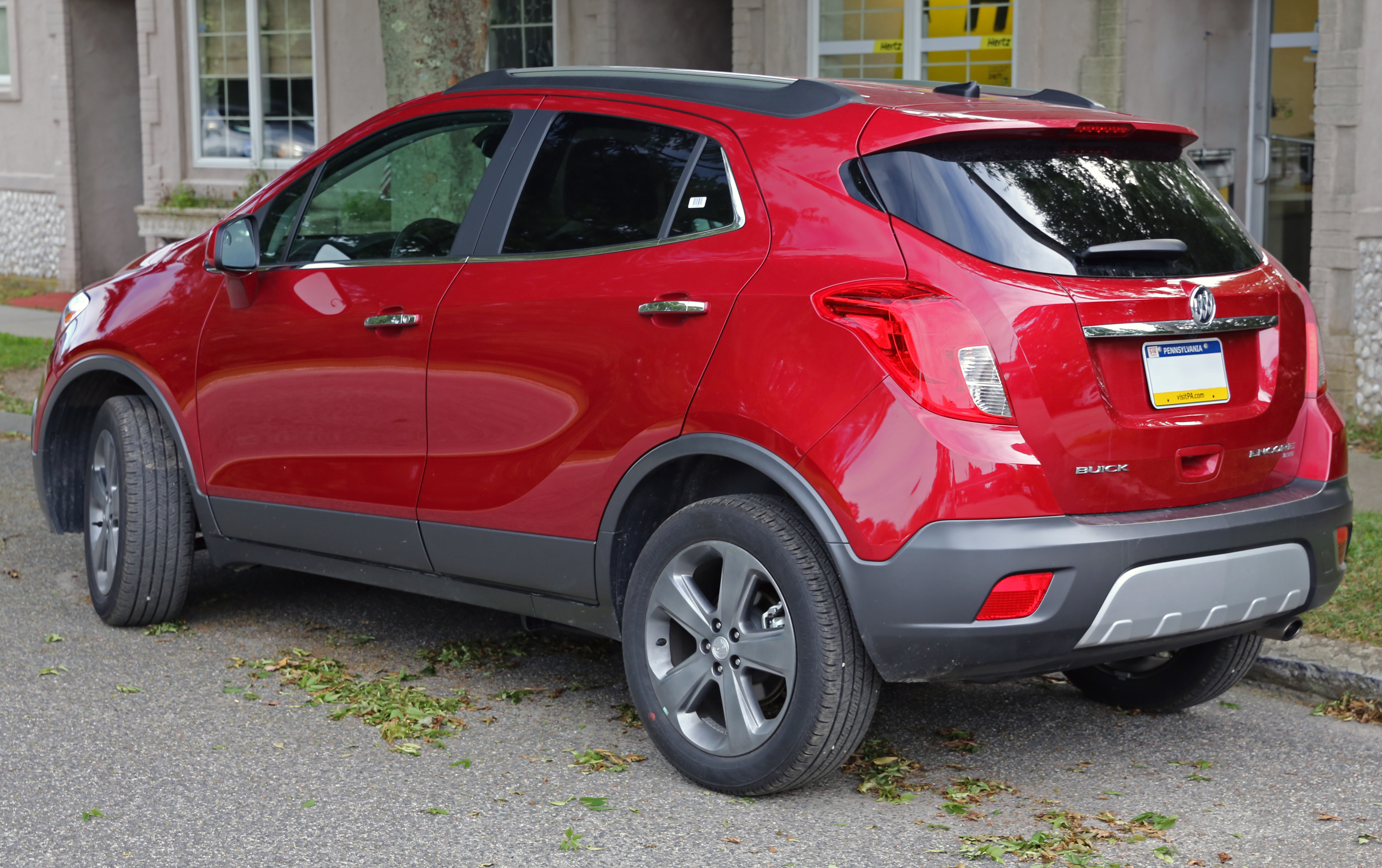 file 2013 buick encore dk red rear wikimedia. Black Bedroom Furniture Sets. Home Design Ideas