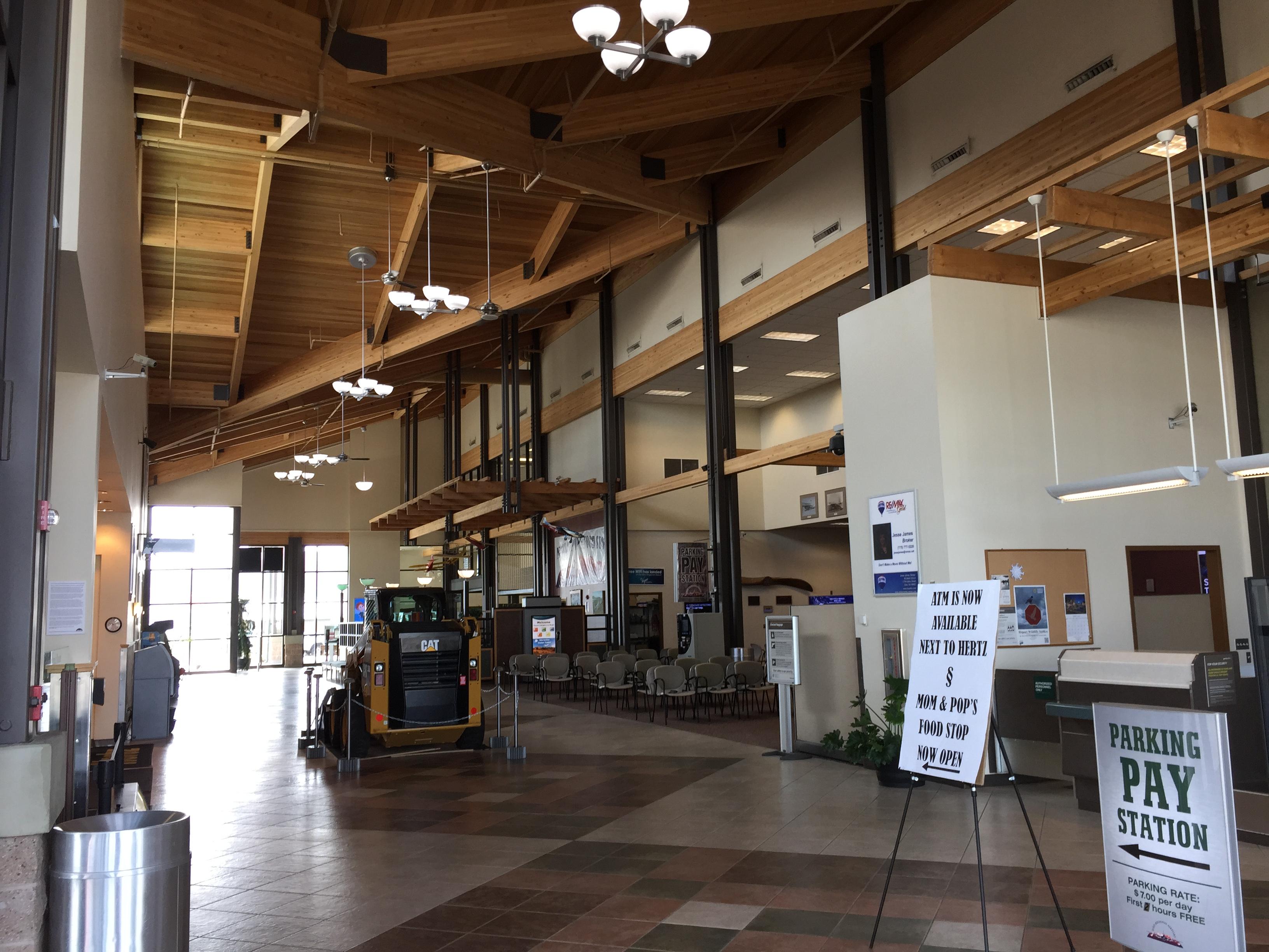 File 2015 05 05 10 53 23 interior of the elko regional for Creative design interior of nevada