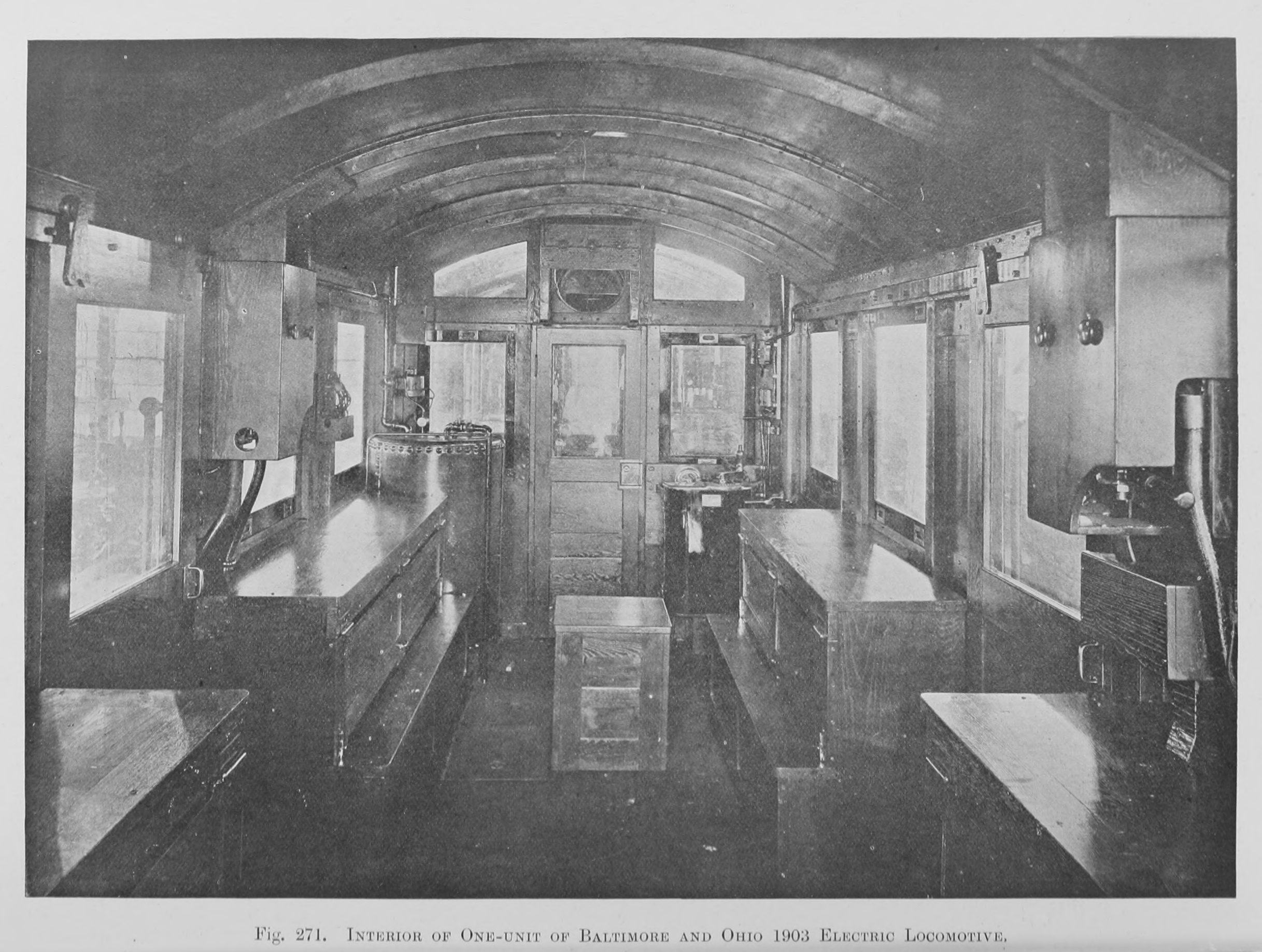file 271  interior of one