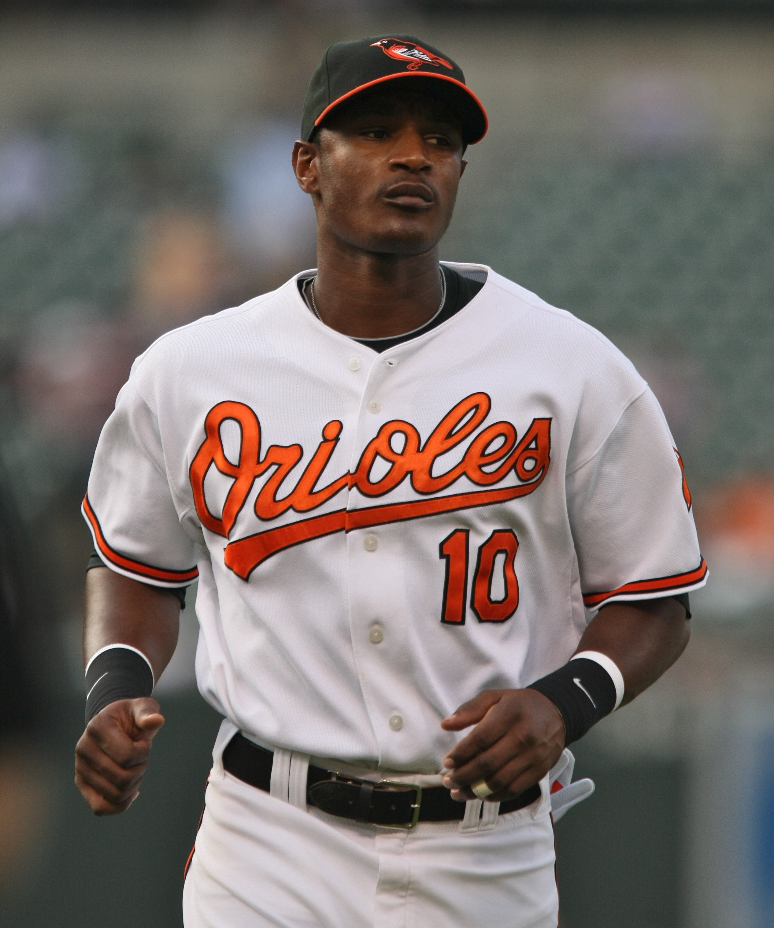 Adam_Jones_on_June_18,_2009.jpg