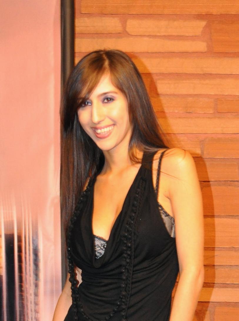 April O'Neil (actress) - Wikipedia