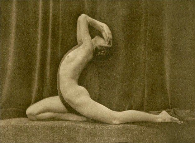 Art deco nudes photo