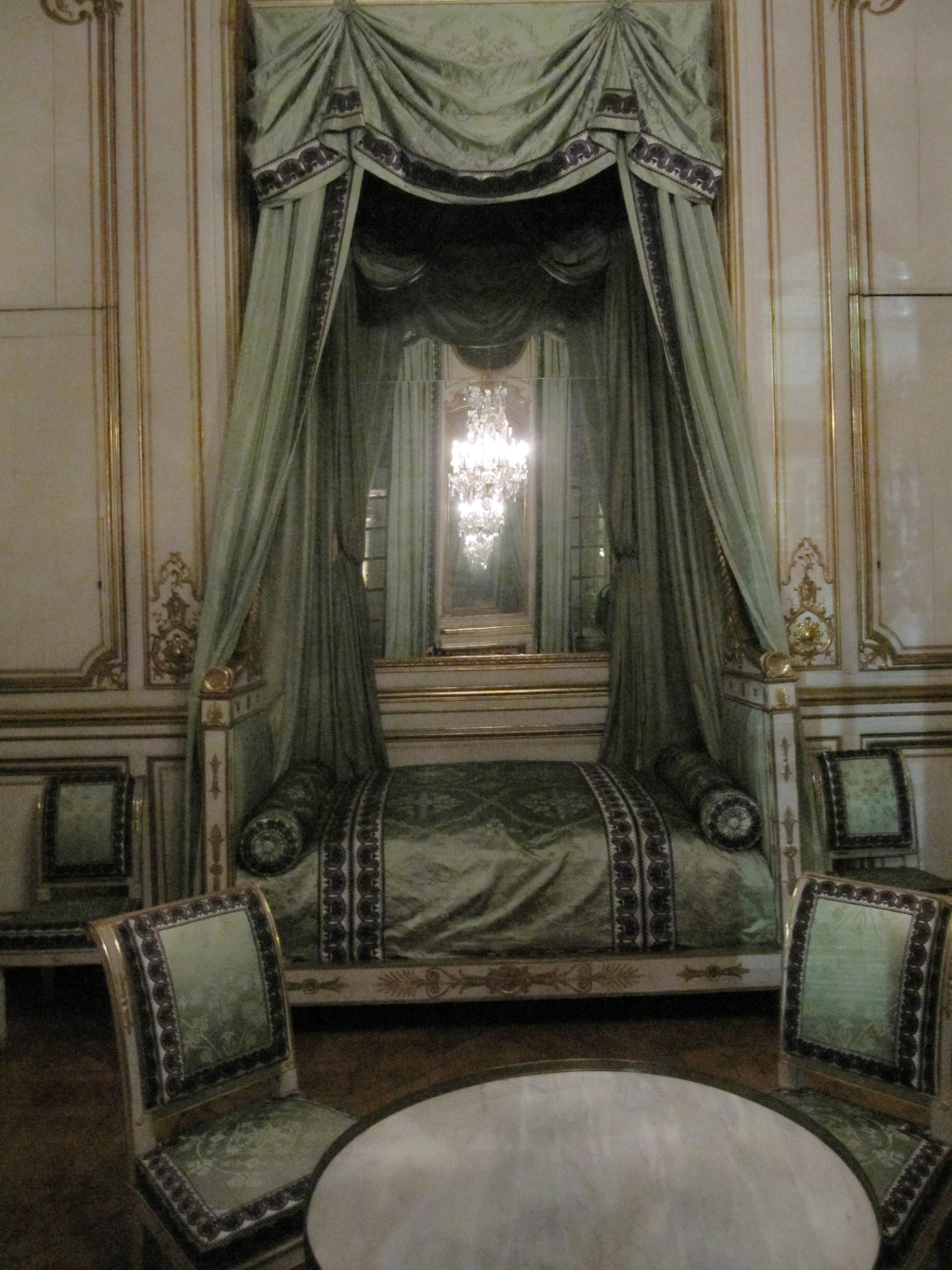 Datei:Chambre à coucher de Napoléon Ier-Palais Rohan-Strasbourg la ...