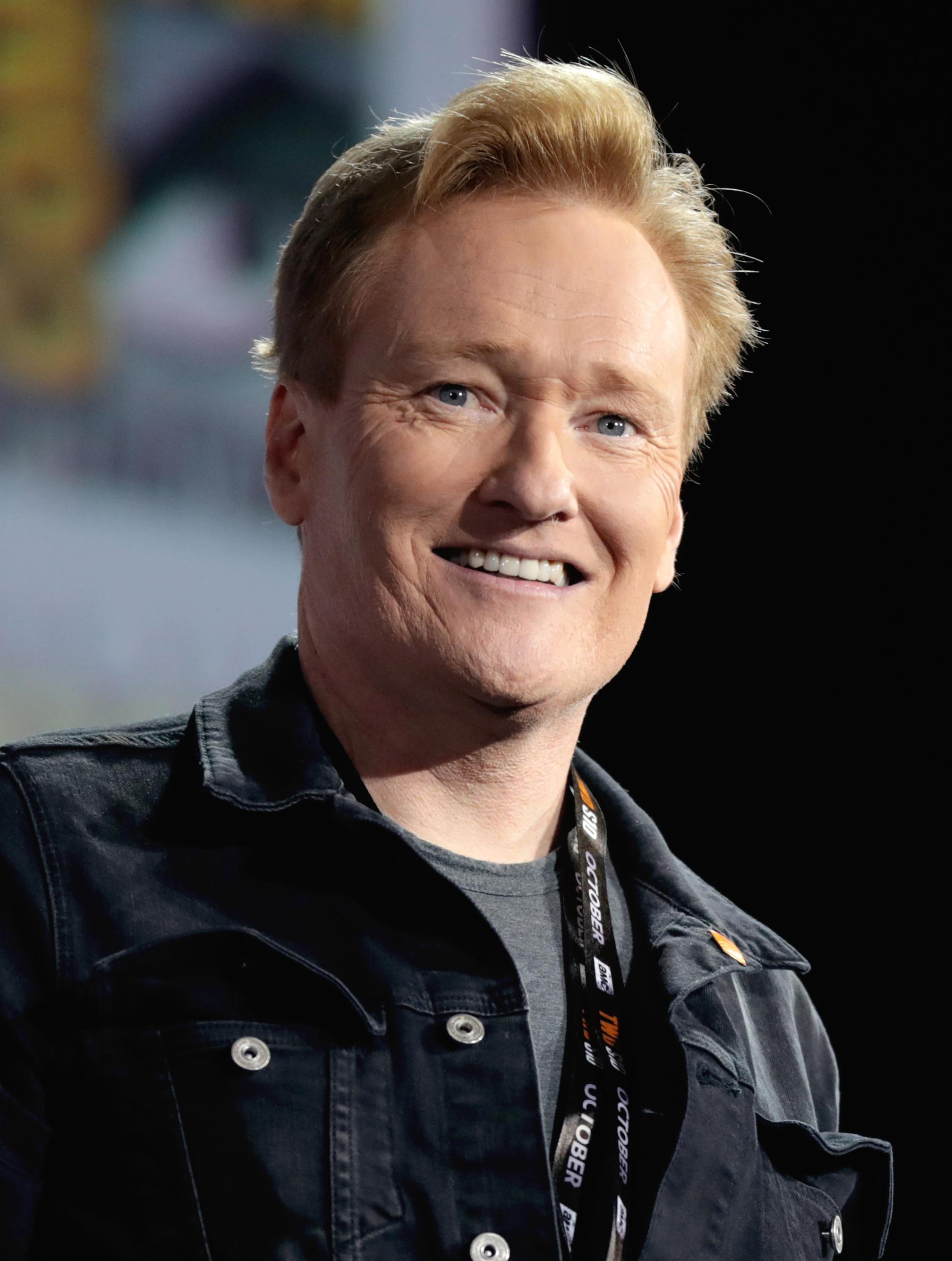 Den 58-år gammal 194 cm lång Conan O'Brien i 2021