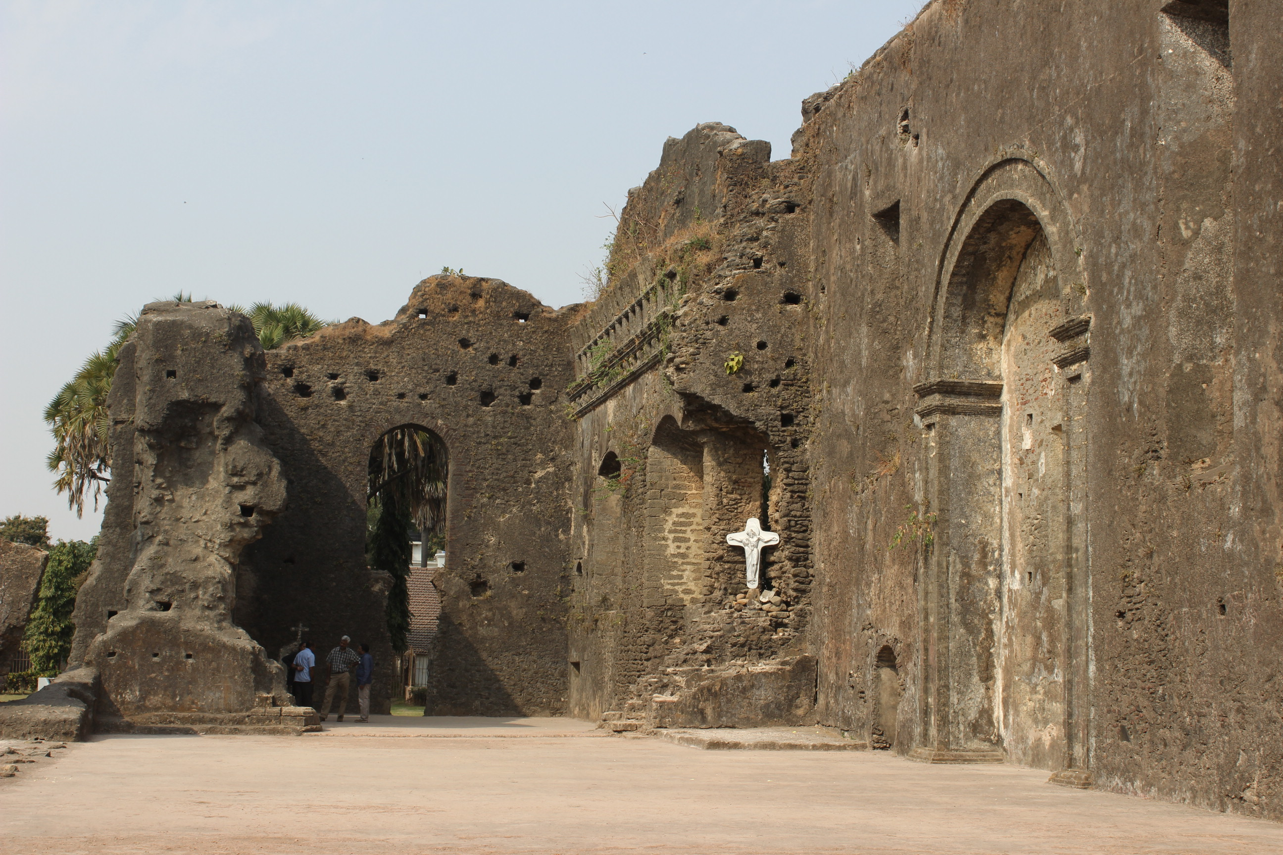Dominican Monastery: Places to Visit in Daman