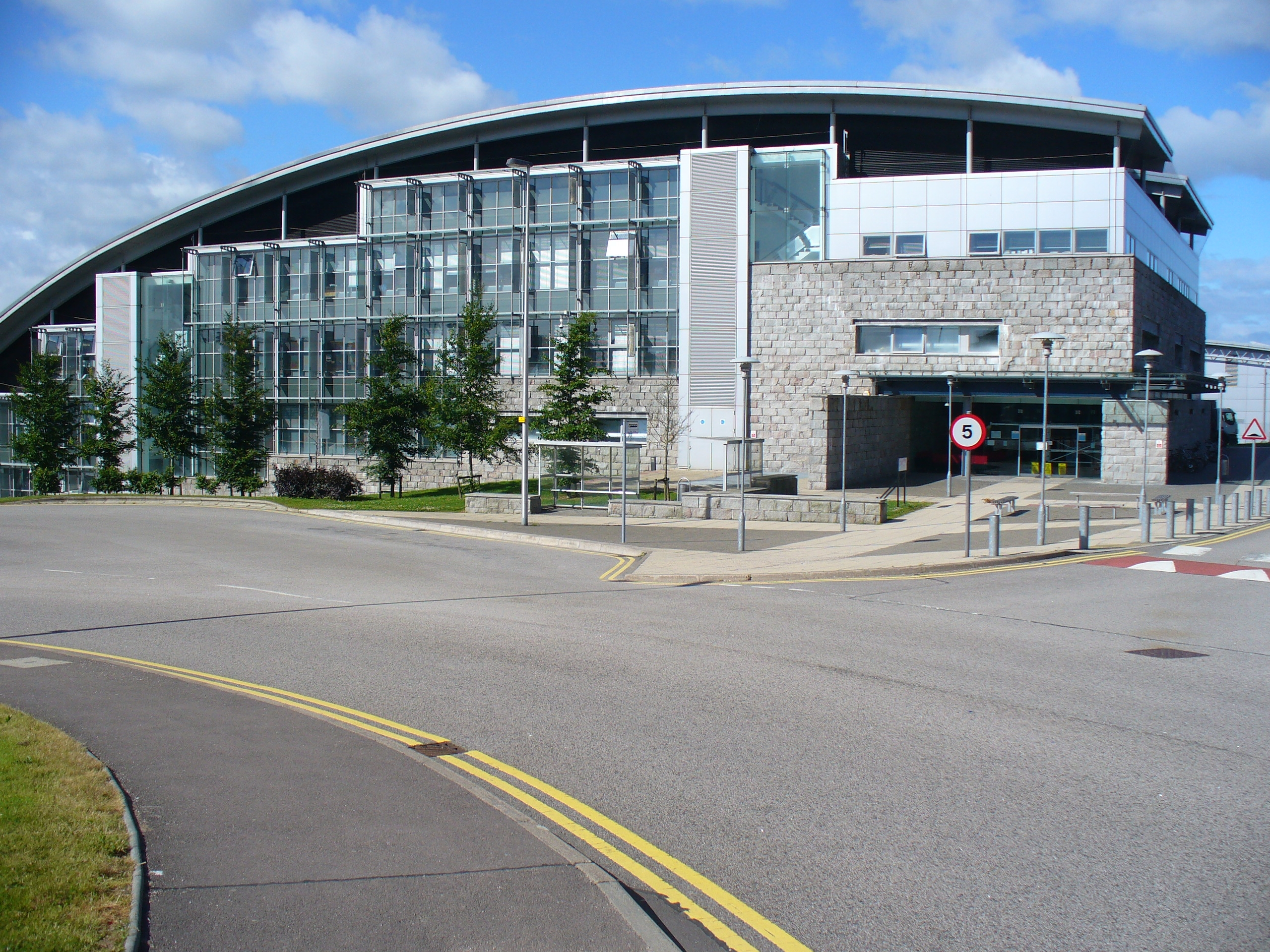 Ramsey Gordon University in UK