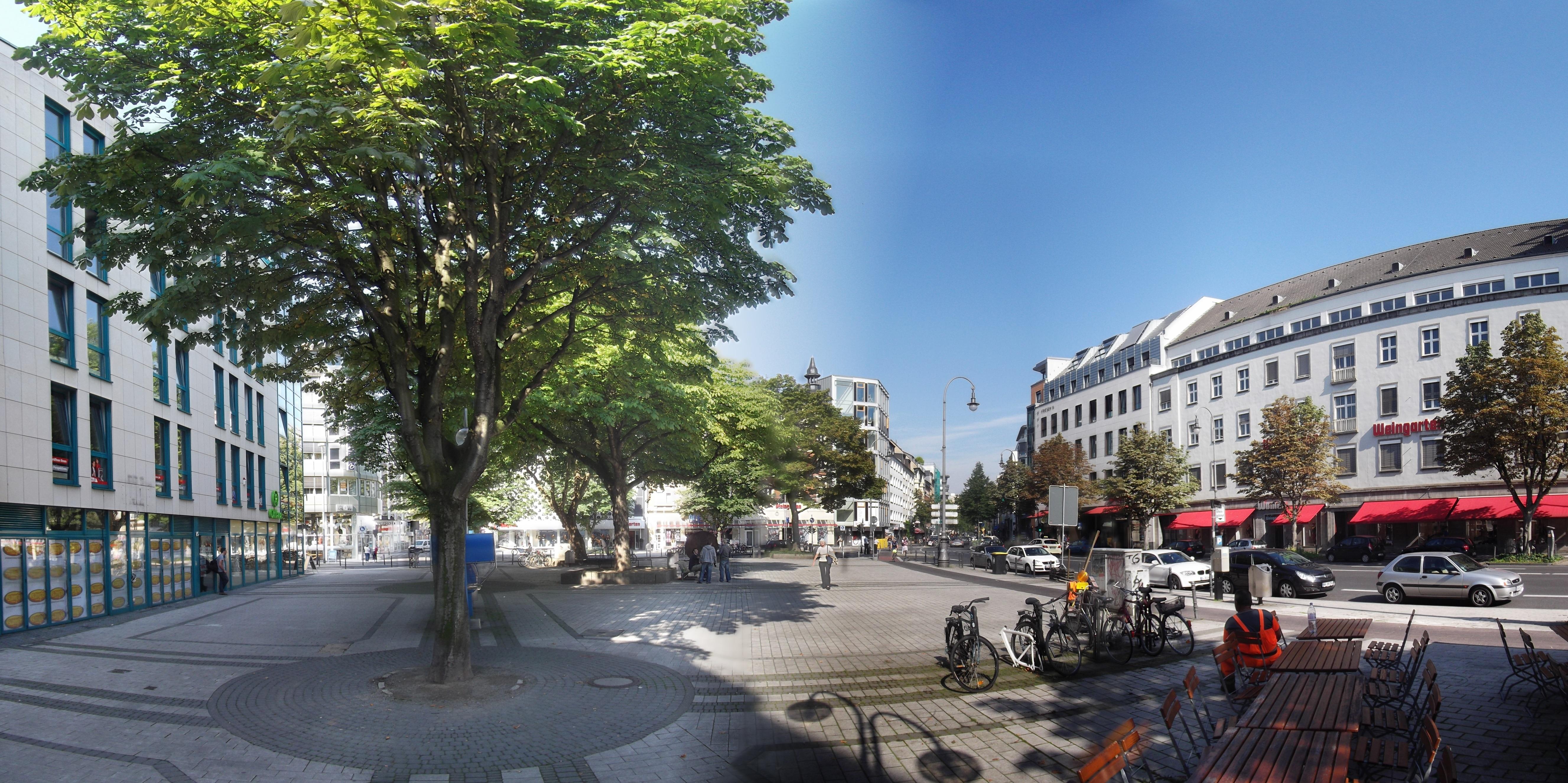 Friesenplatz Koeln pano.jpg