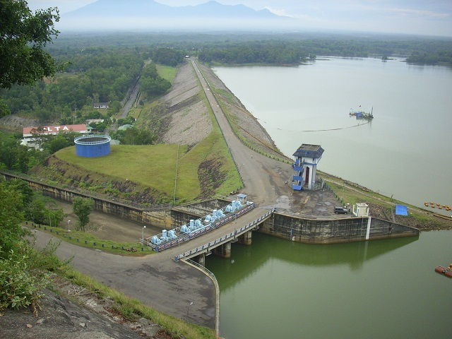 Waduk gajah mungkur adalah salah satu danau terdalam di Indonesia