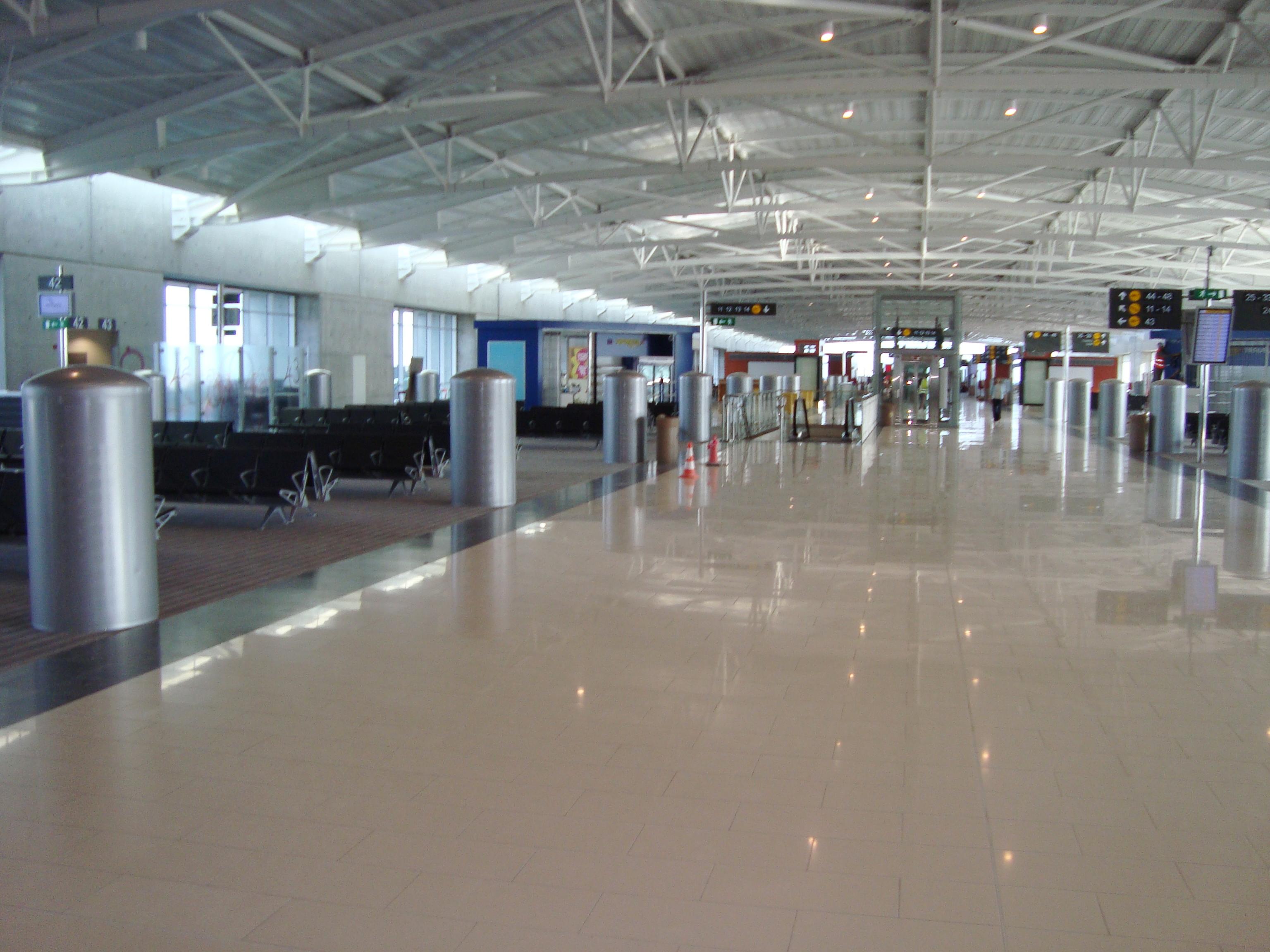 Larnaca Airport - the main airlock of Cyprus 65