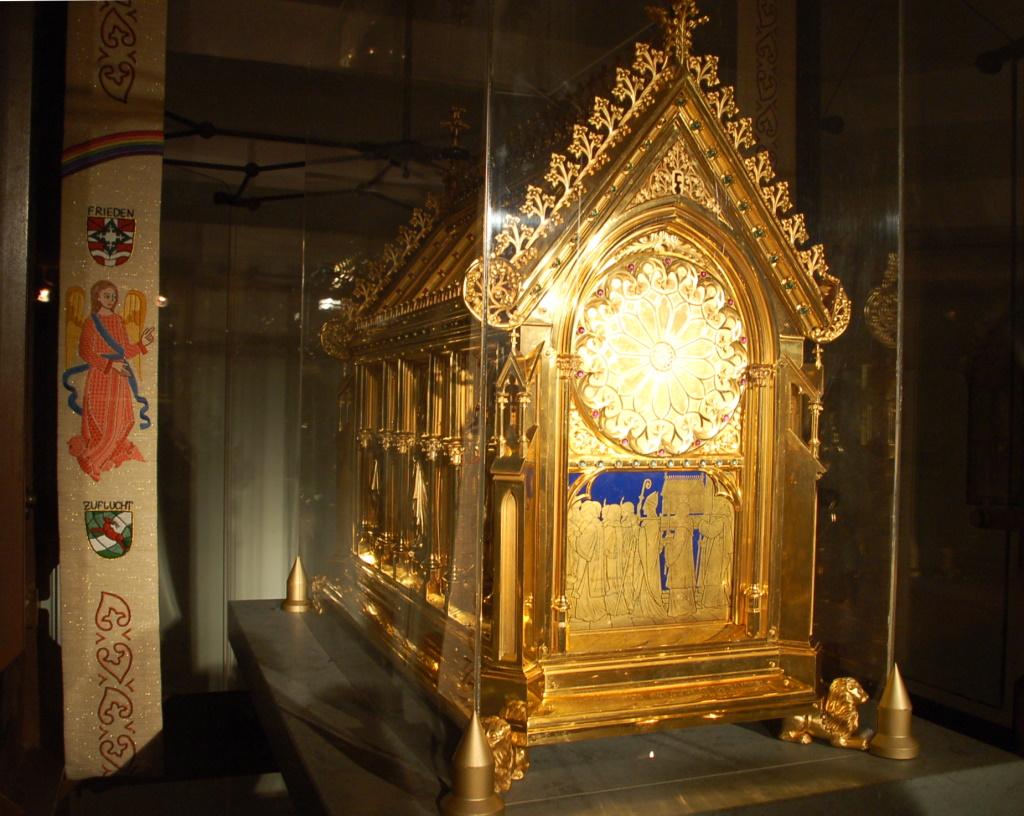 Den hellige Idas skrin i krypten i kirken St Ida i Herzfeld i Westfalen