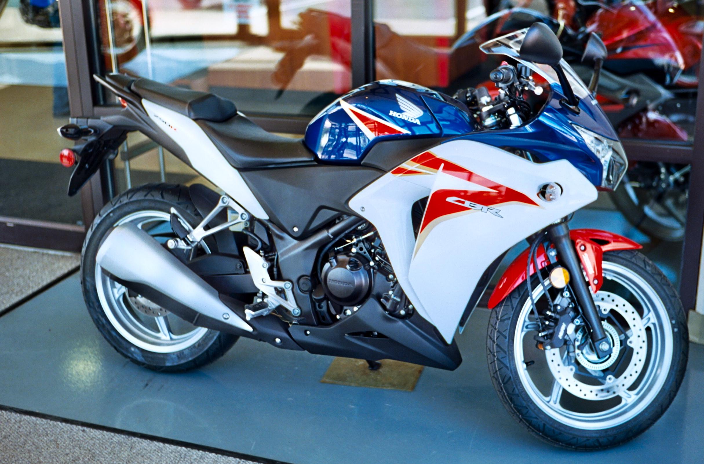Red New 2015 Honda CBR CBR300R CB300F 300 Motorcycle Passenger Seat Cowl