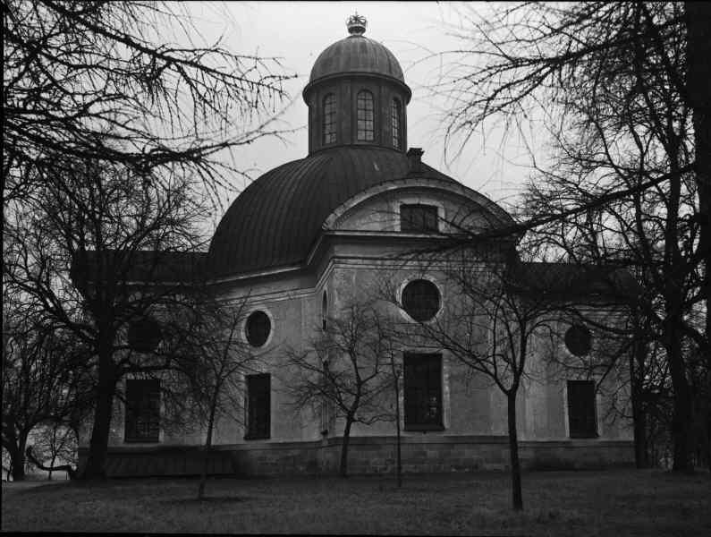 File:Kung Karls kyrka - KMB - 16000200096827.jpg