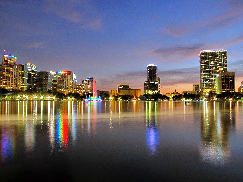 Lake Eola Park in Orlando 02.jpg