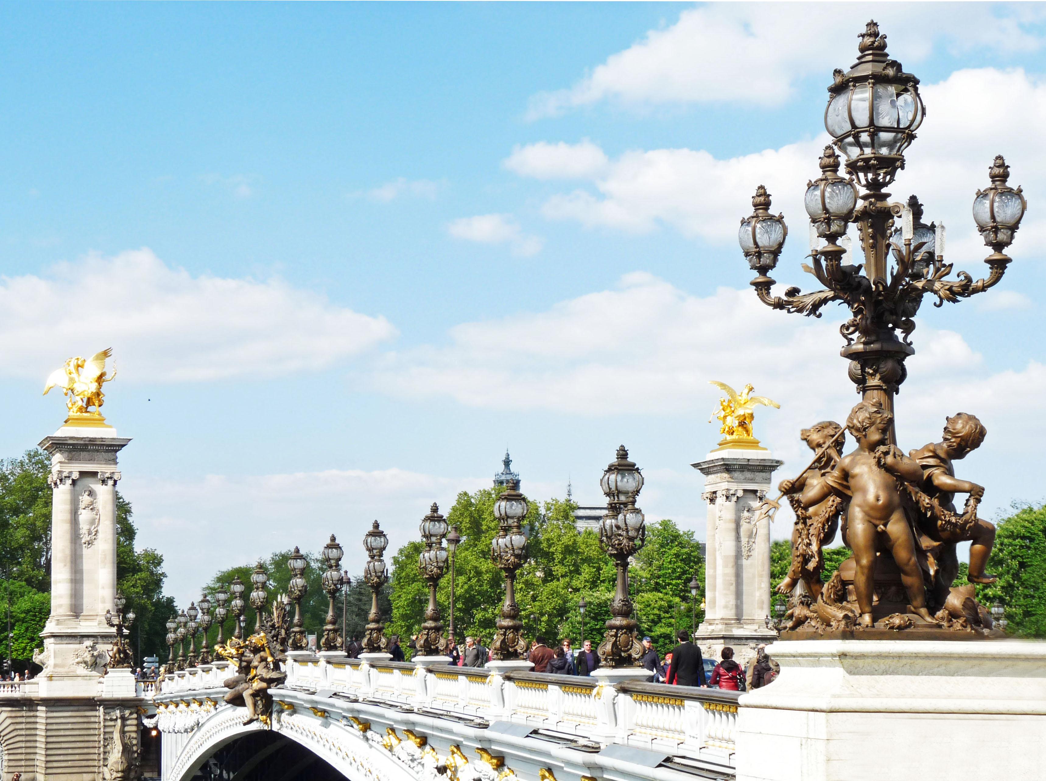 File Lampadaires Sur Le Pont Alexandre Iii à Paris Jpg Wikimedia Commons