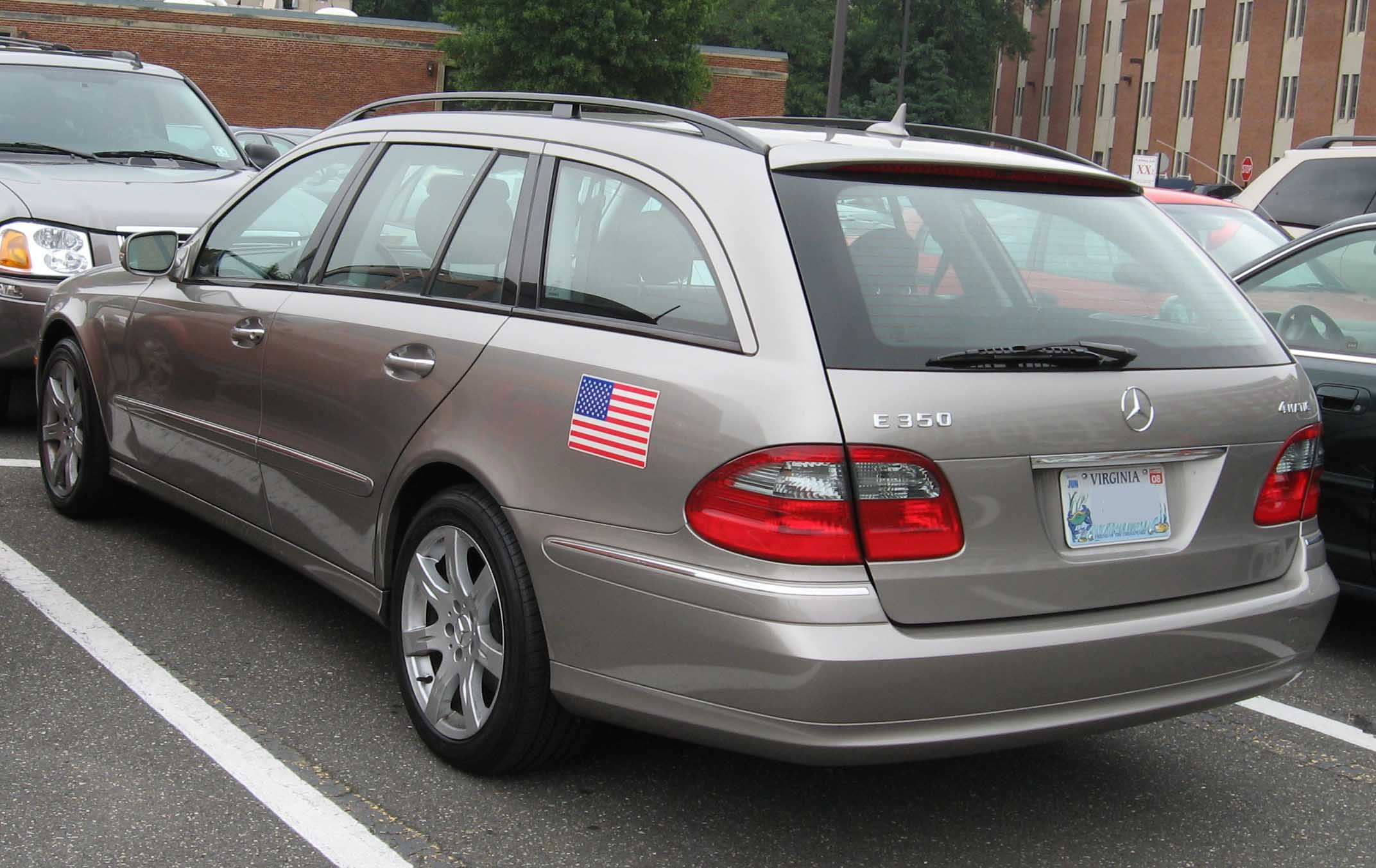 Image gallery 2007 mercedes benz wagon for 2006 mercedes benz r350 recalls