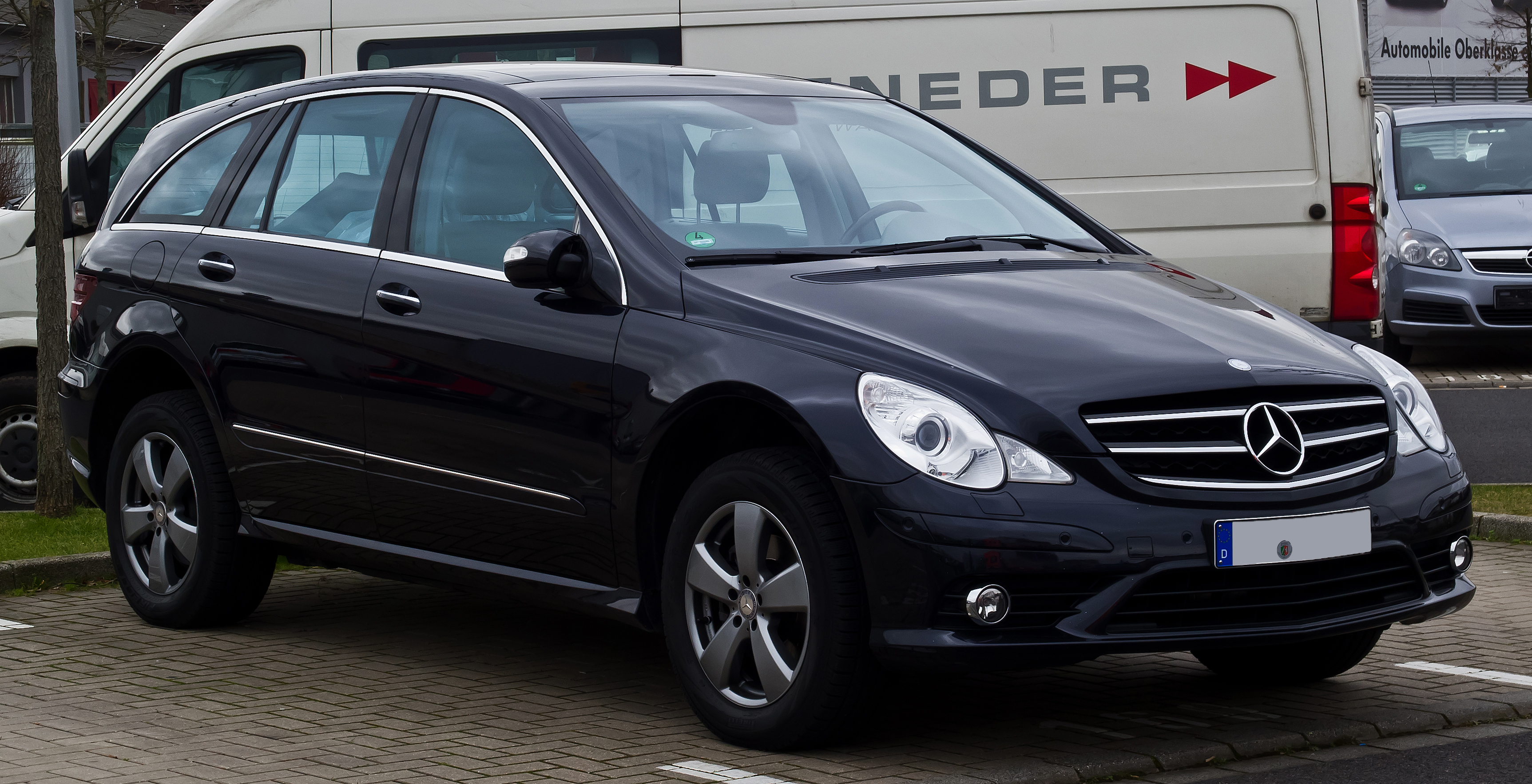 file mercedes benz r 500 4matic w 251 1 facelift. Black Bedroom Furniture Sets. Home Design Ideas