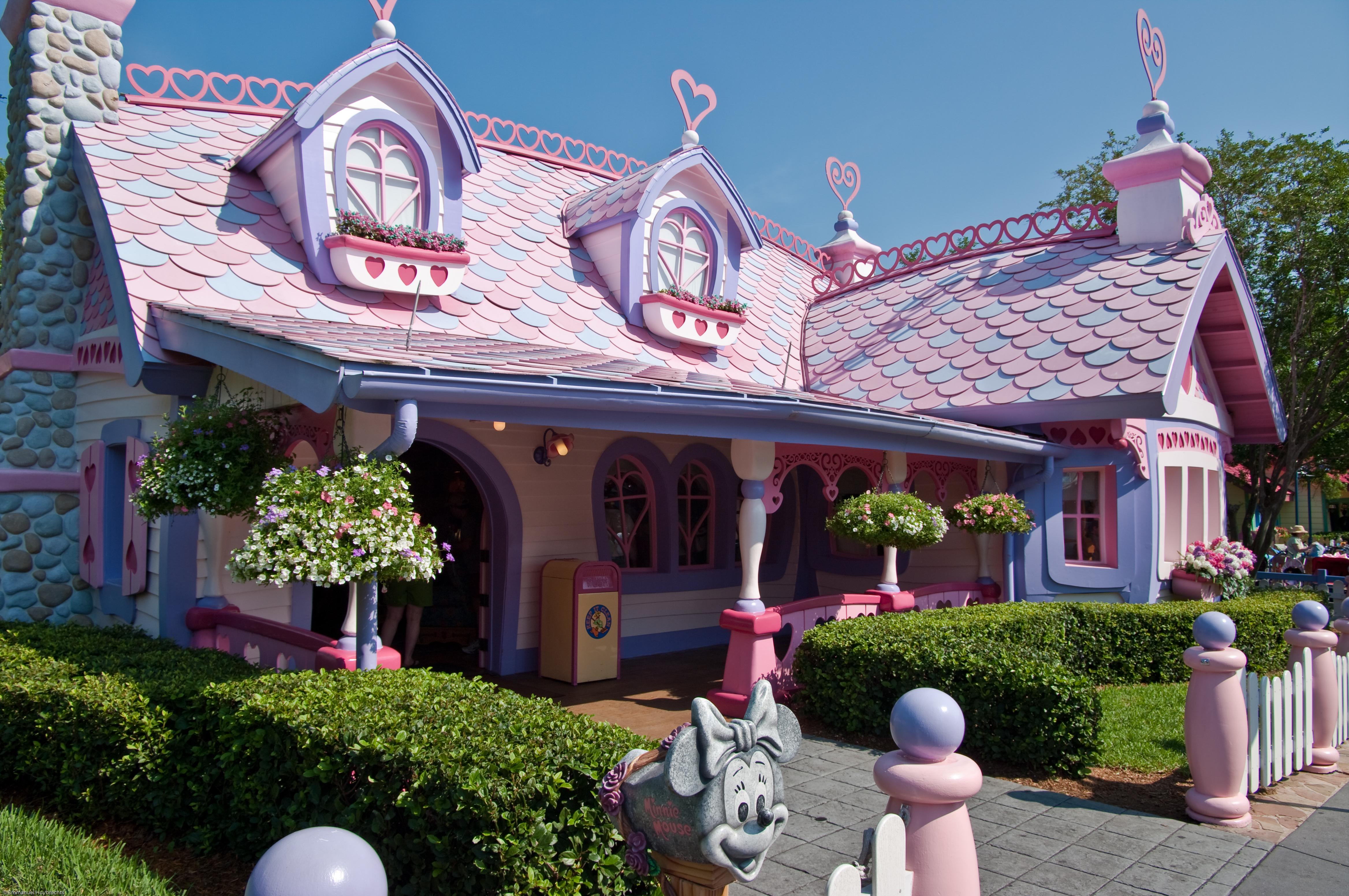 File:Minnies Country House (3680532700).jpg - Wikimedia ...